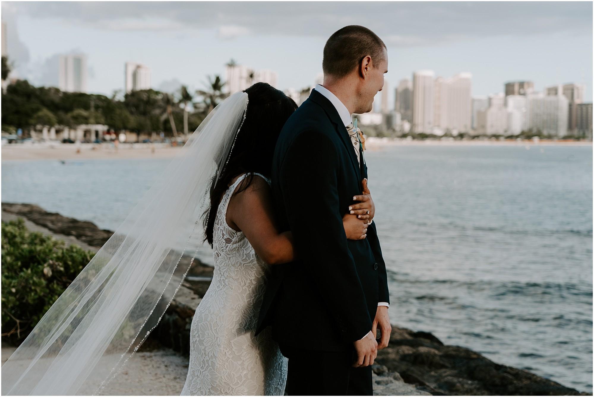 oahu-intimate-wedding-catamaran-honolulu_0003.jpg
