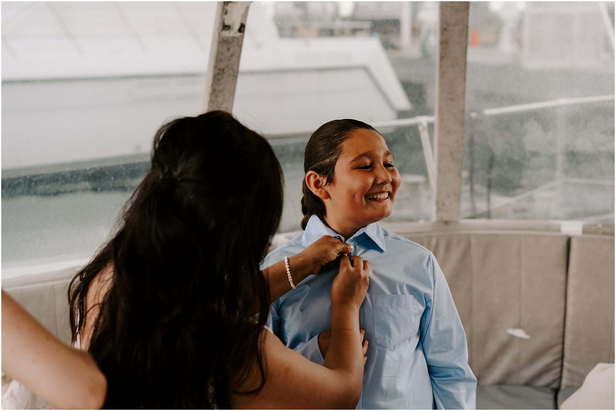 oahu-intimate-wedding-catamaran-honolulu_0010.jpg
