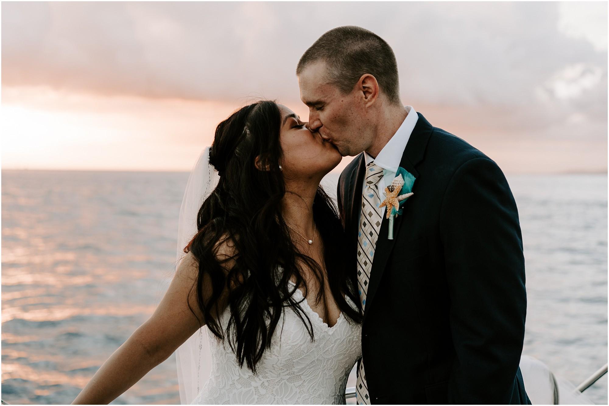 oahu-intimate-wedding-catamaran-honolulu_0021.jpg