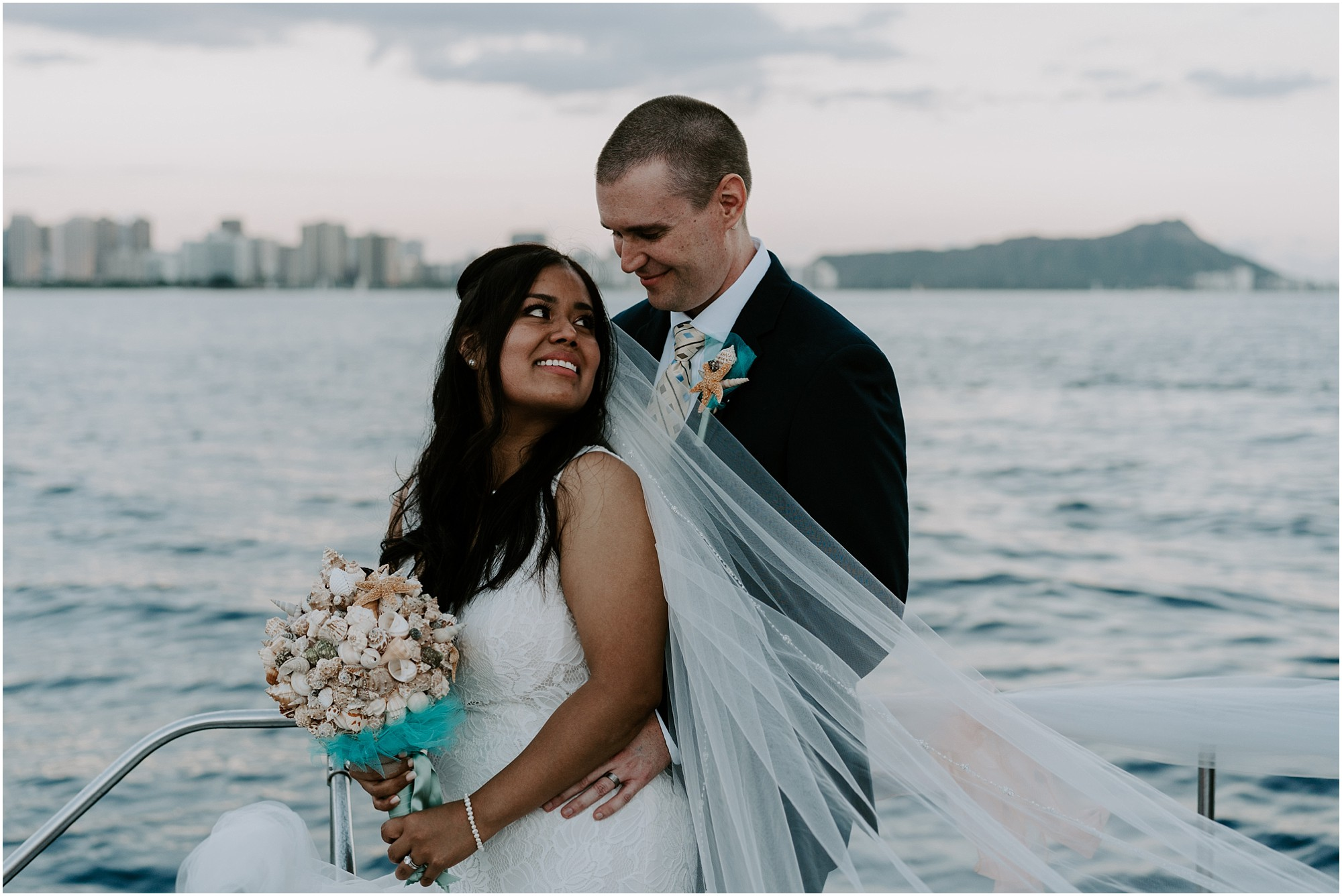 oahu-intimate-wedding-catamaran-honolulu_0022.jpg