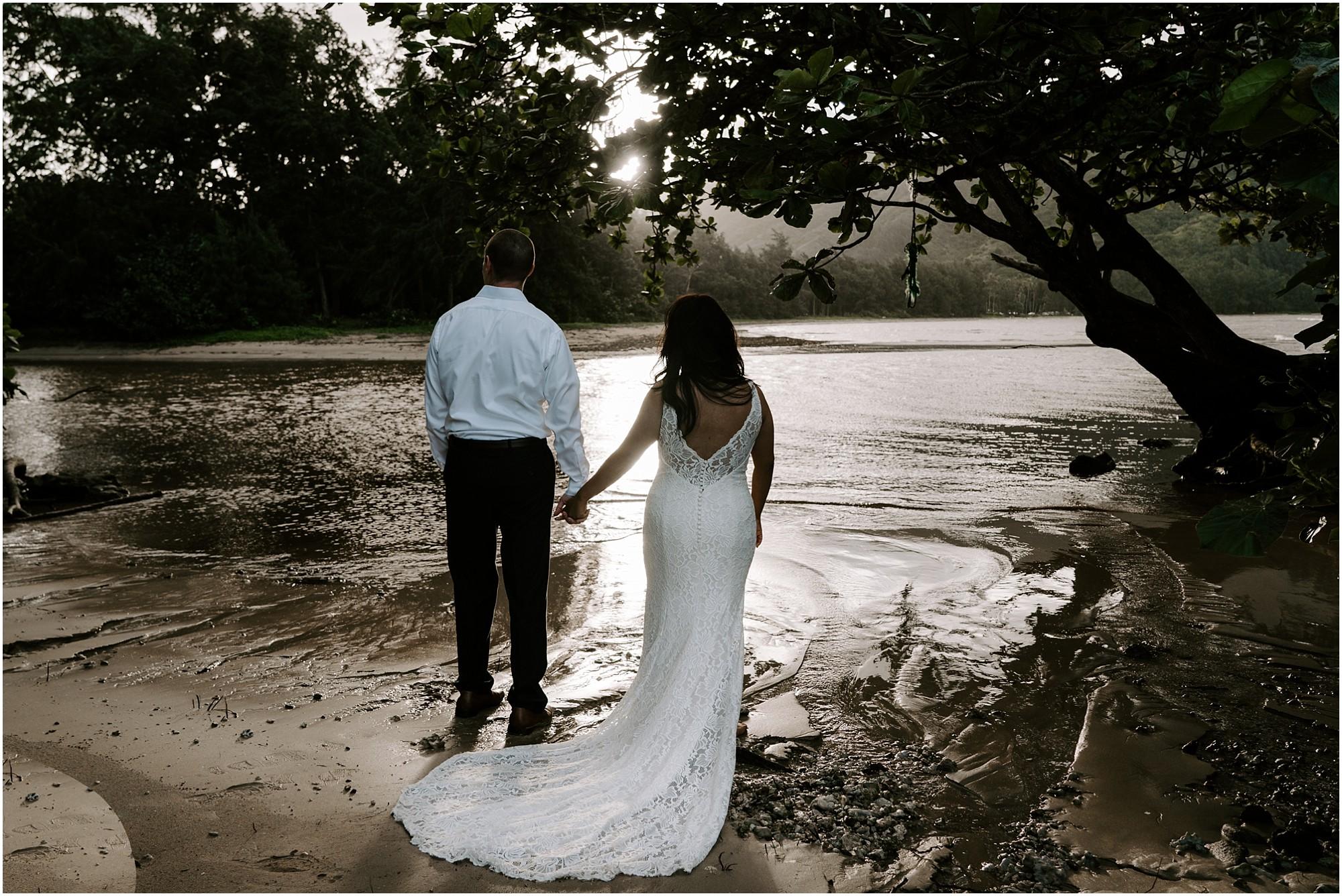 oahu-intimate-bridal-adventure-session_0011.jpg