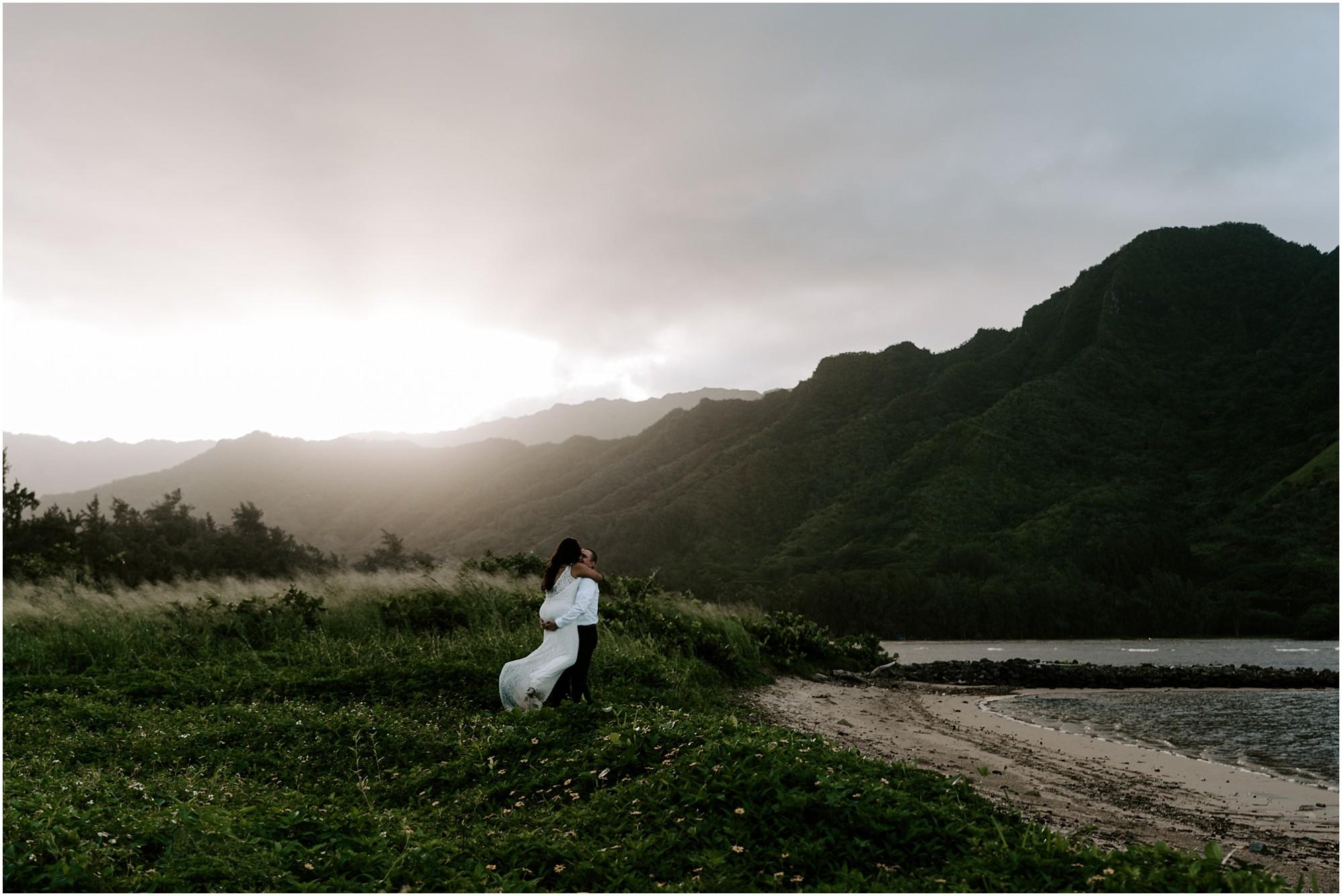 oahu-intimate-bridal-adventure-session_0016.jpg