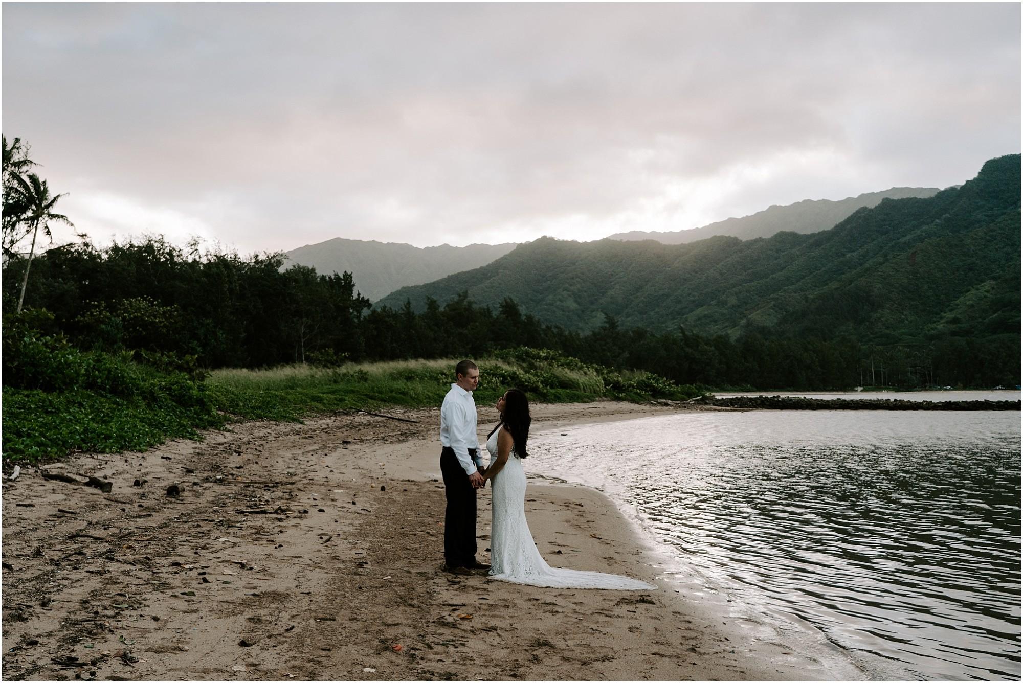 oahu-intimate-bridal-adventure-session_0025.jpg