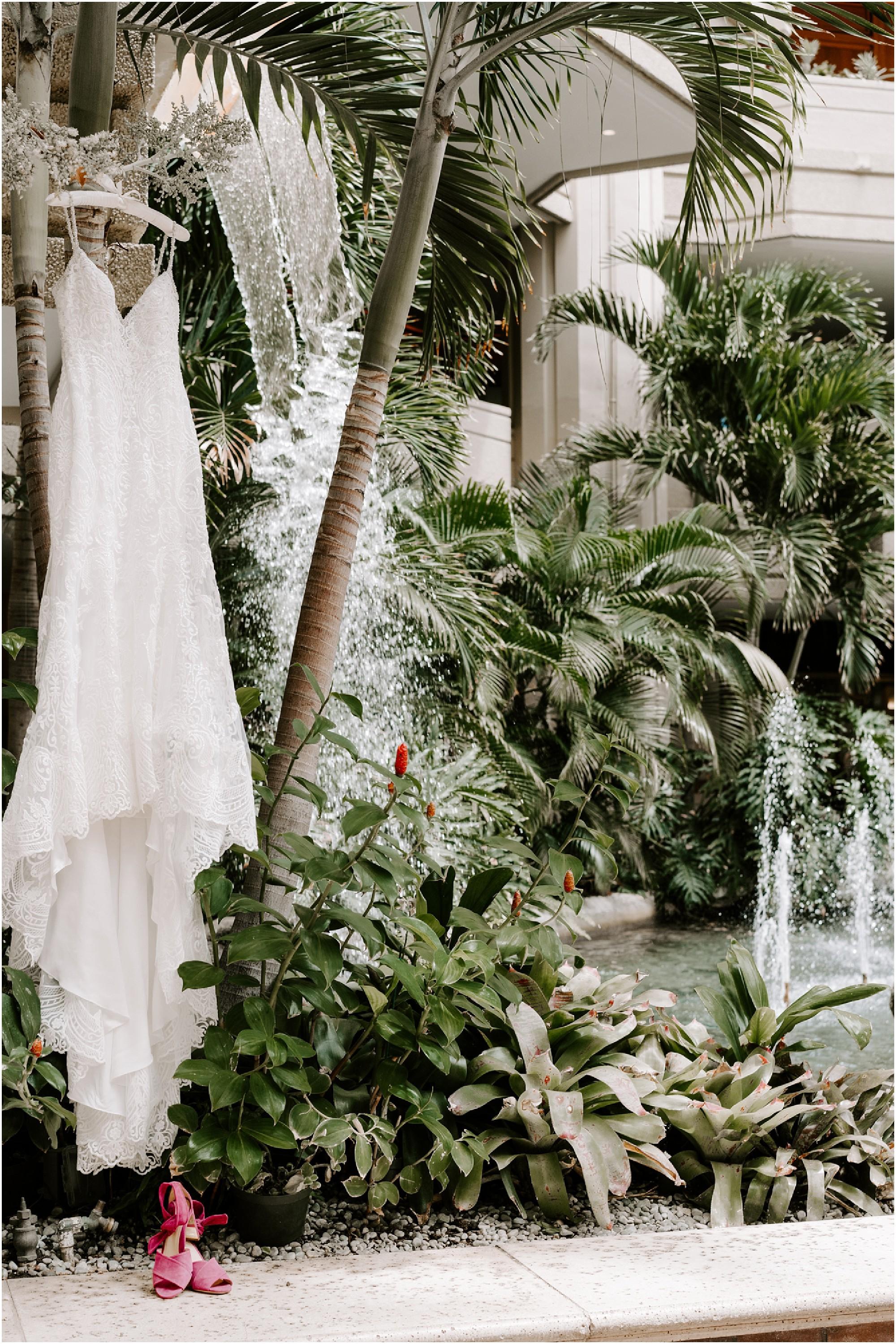 intimate-oahu-wedding-kualoa-ranch1.jpg