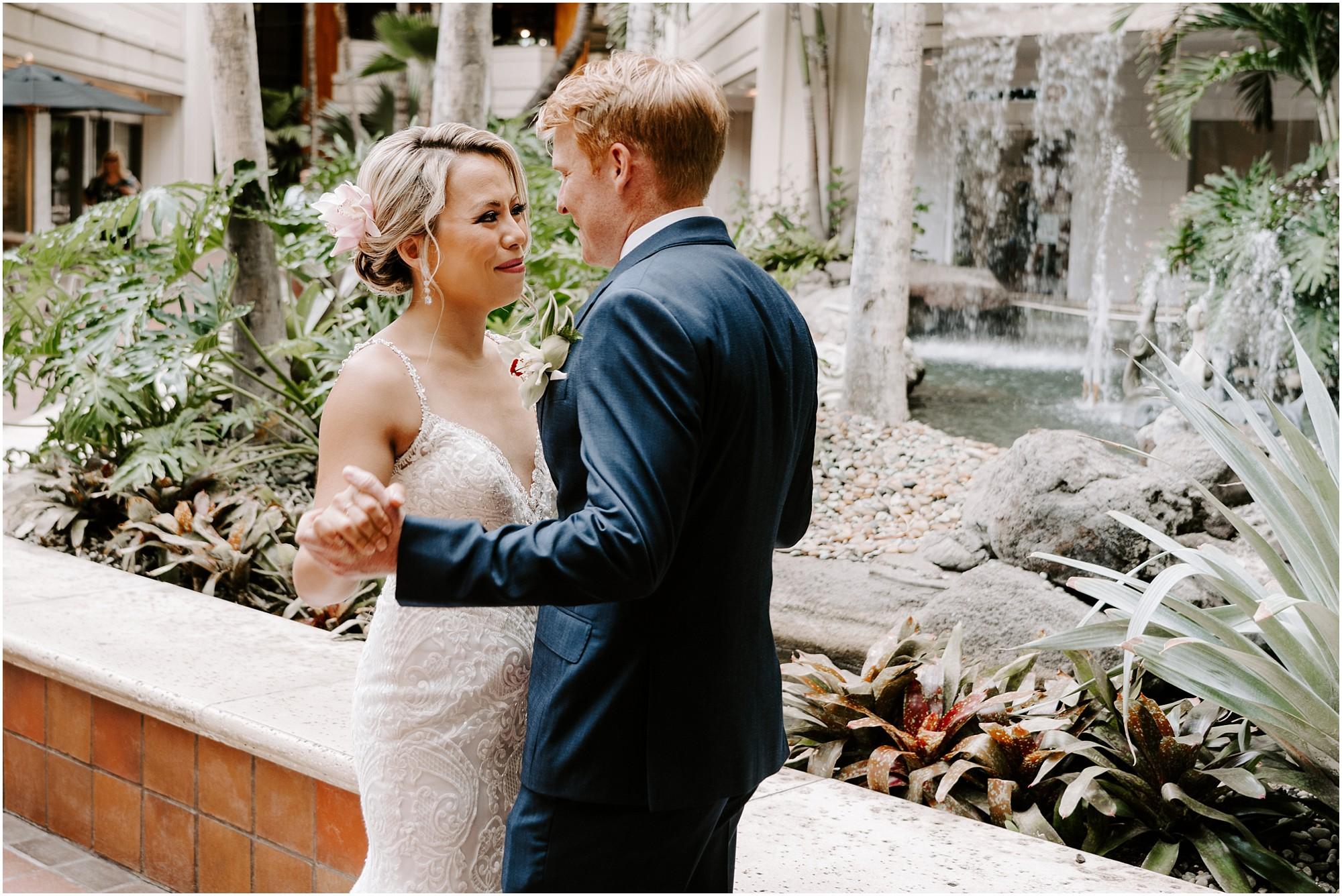 intimate-oahu-wedding-kualoa-ranch28.jpg