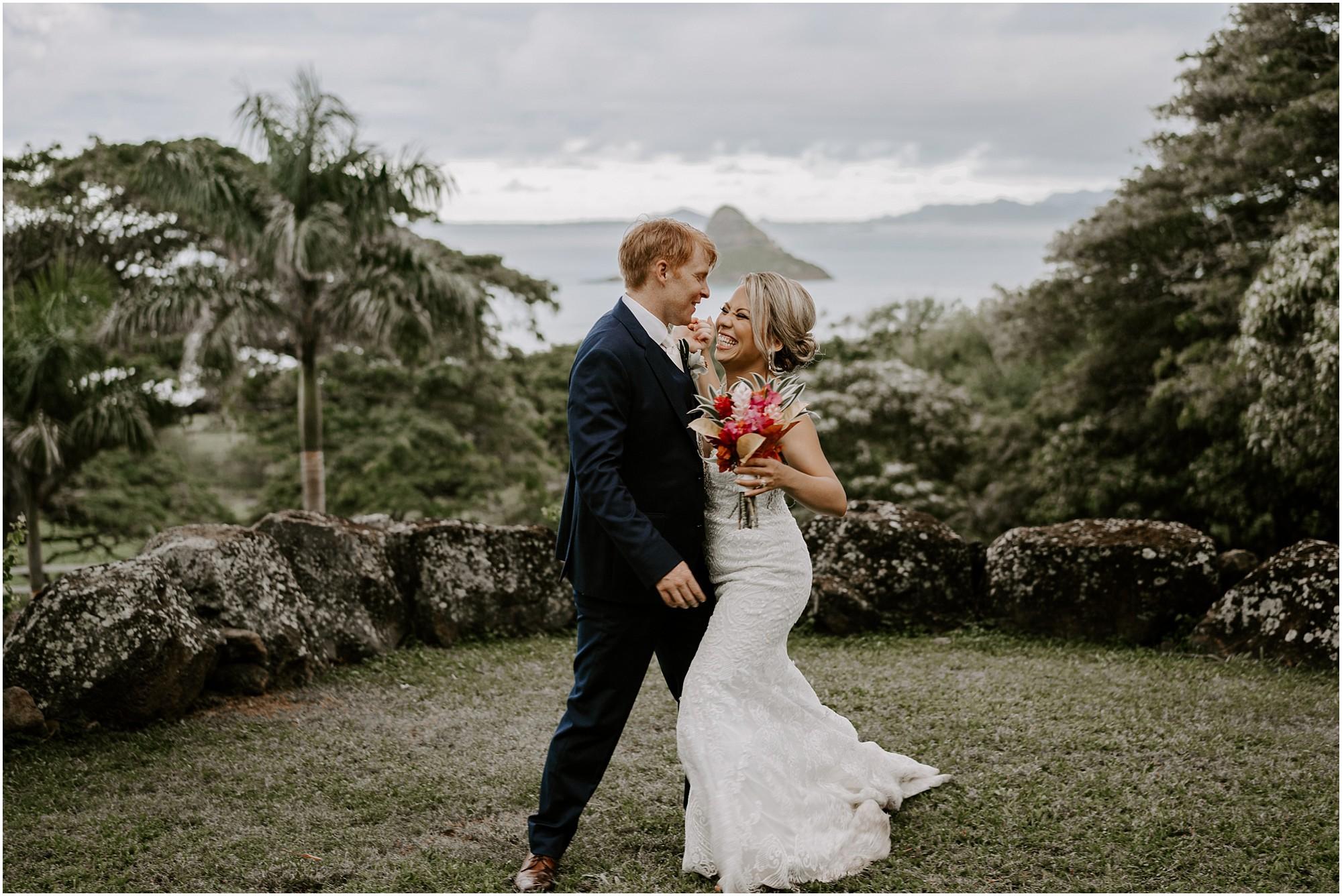 intimate-oahu-wedding-kualoa-ranch53.jpg