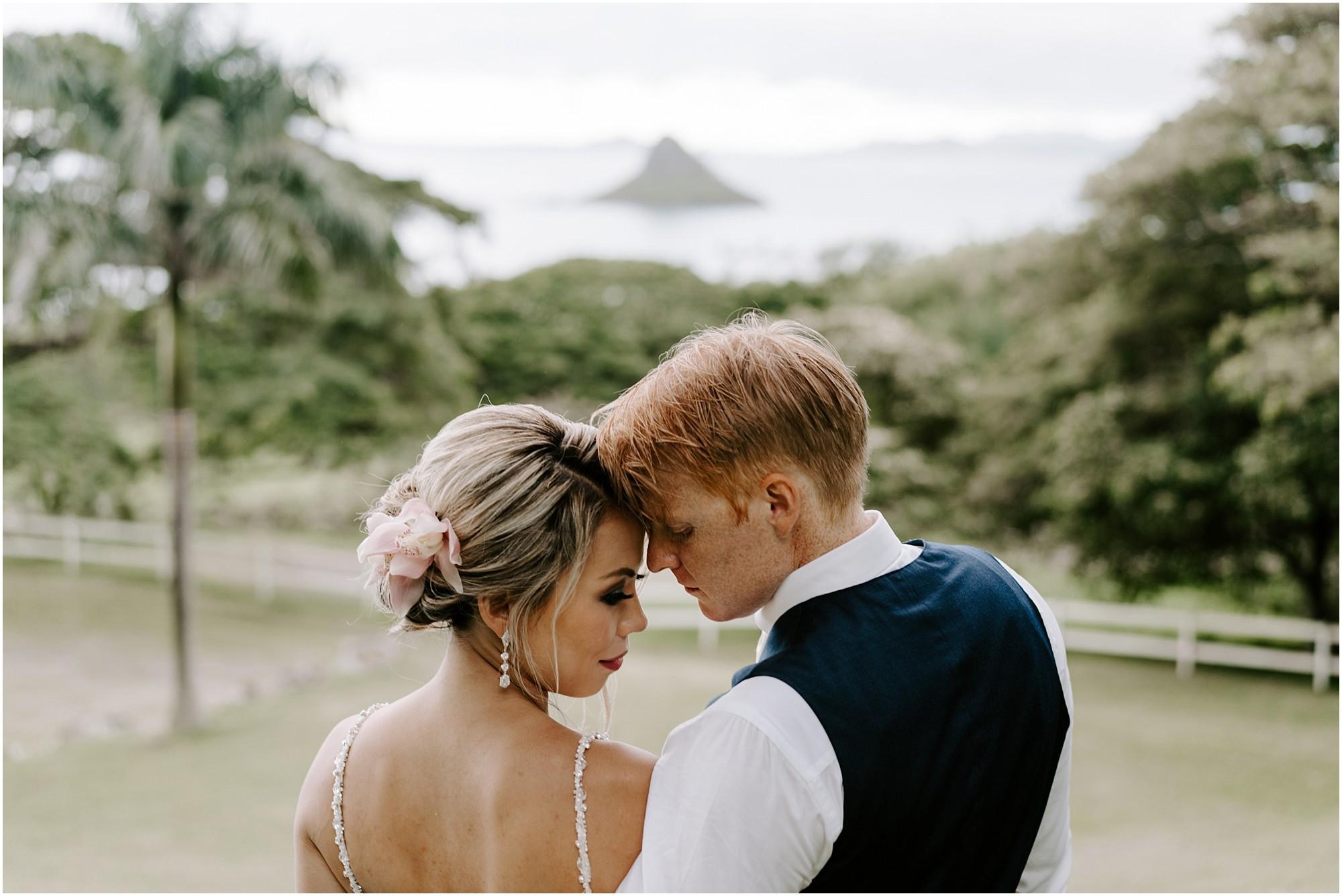 intimate-oahu-wedding-kualoa-ranch55.jpg