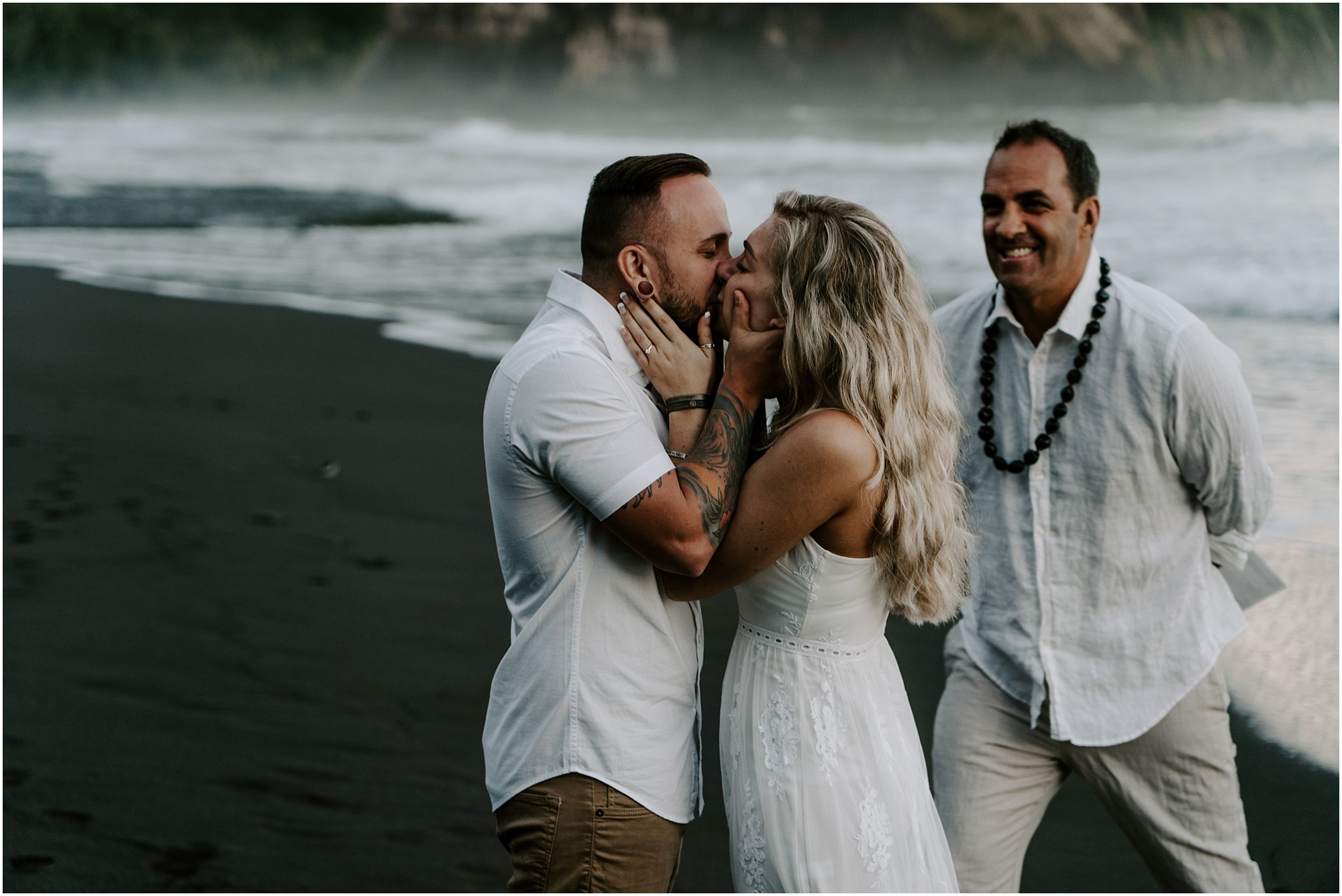waipio-valley-wedding-hawaii-elopement-photographer_0029.jpg