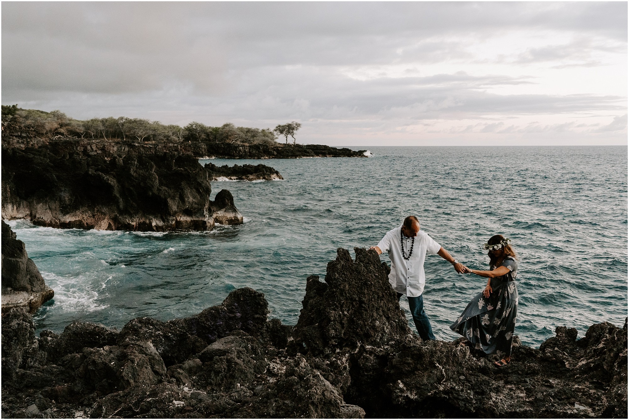 anniversary-couples-photos-on-big-island-hawaii-elopement-photographer_0017.jpg
