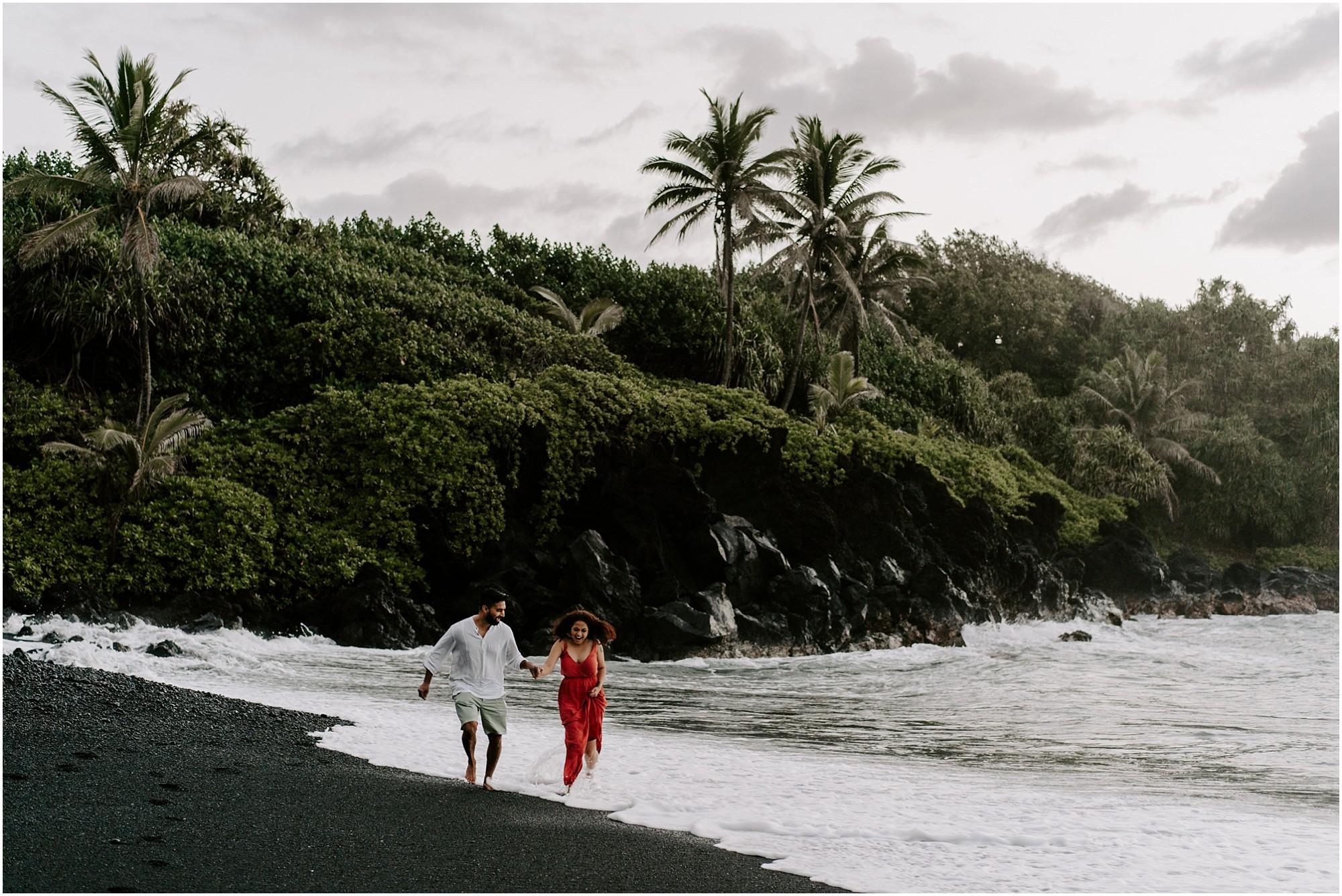 black-sand-beach-maui-hawaii-elopement-photographer_0008.jpg