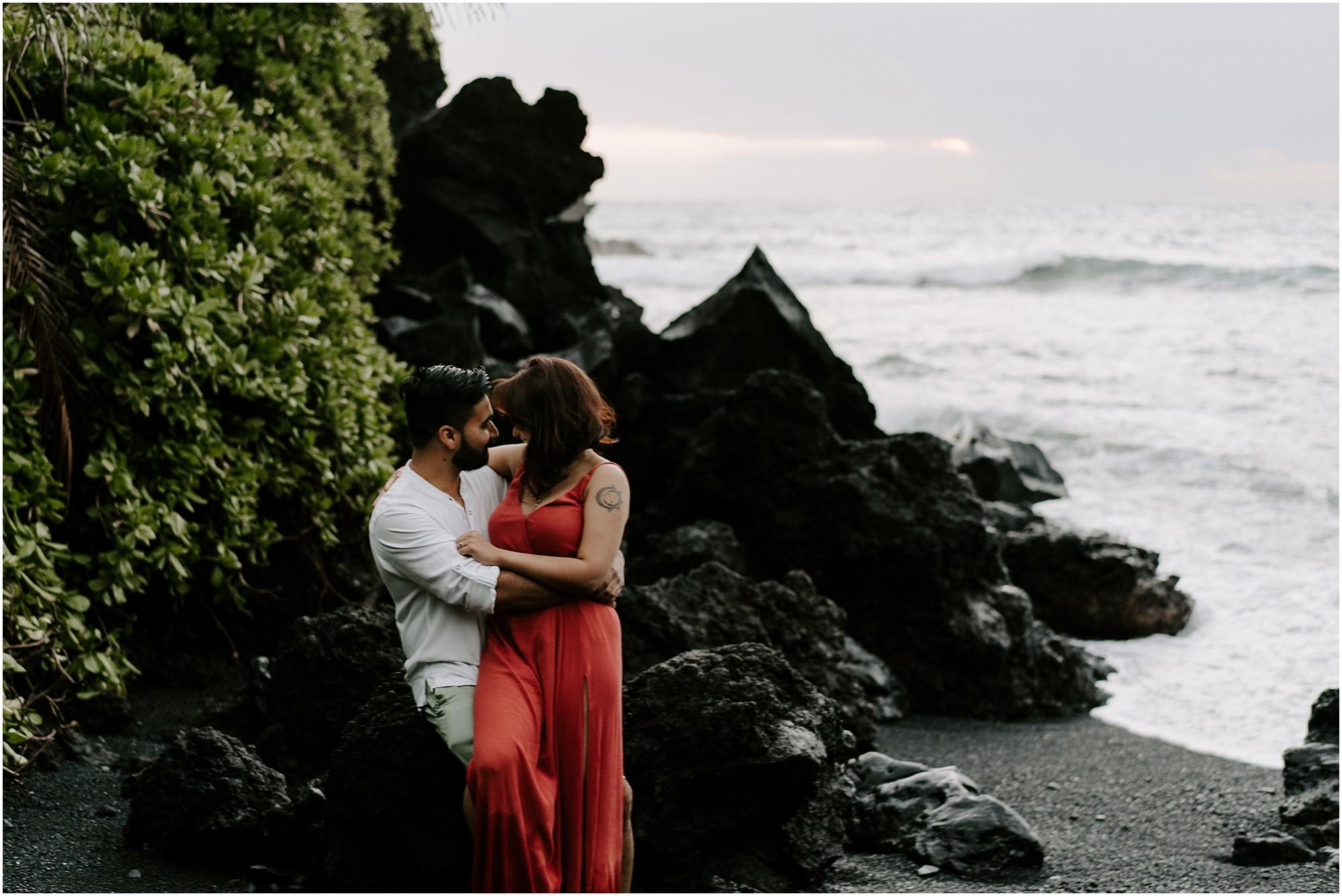 black-sand-beach-maui-hawaii-elopement-photographer_0010.jpg