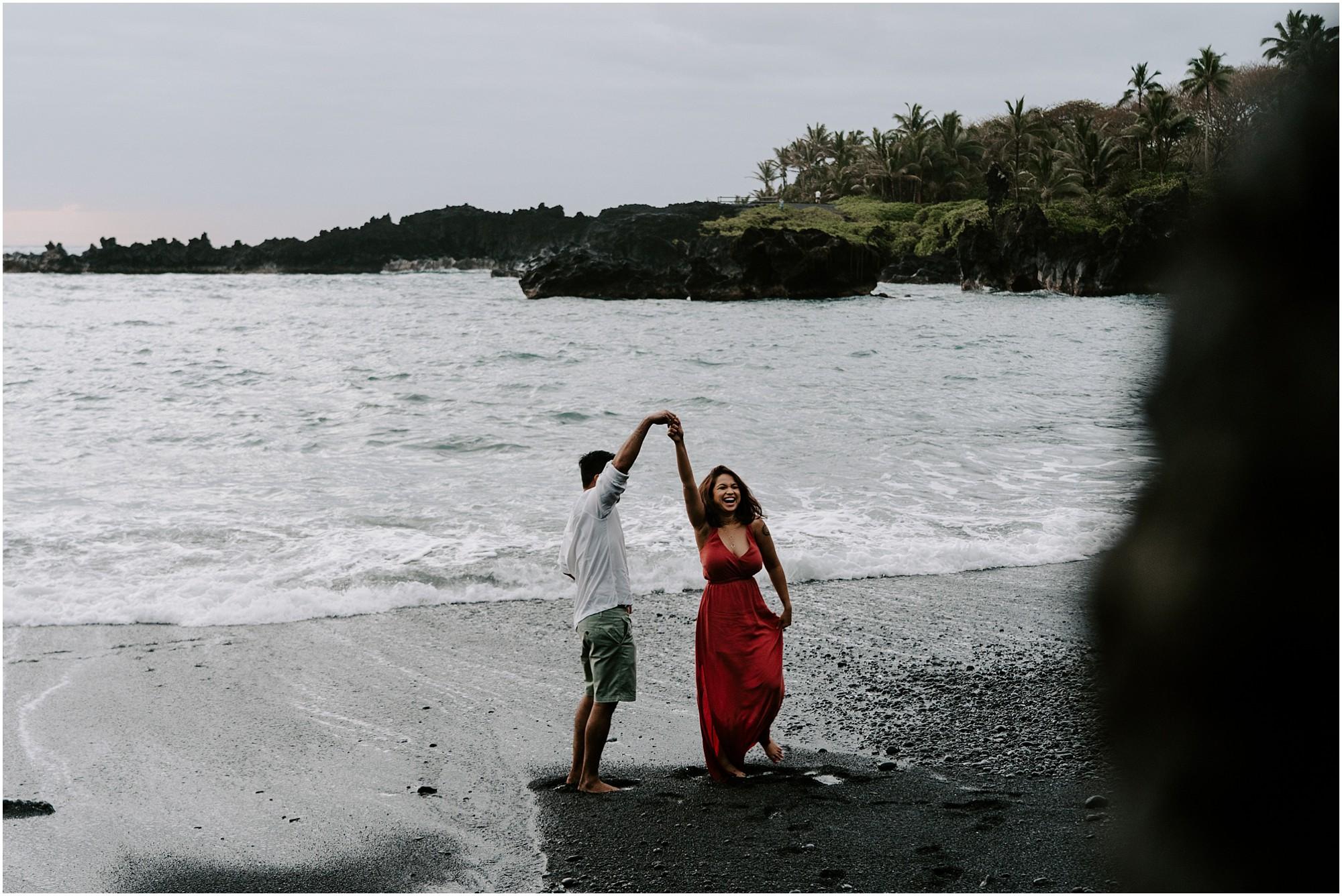 black-sand-beach-maui-hawaii-elopement-photographer_0012.jpg