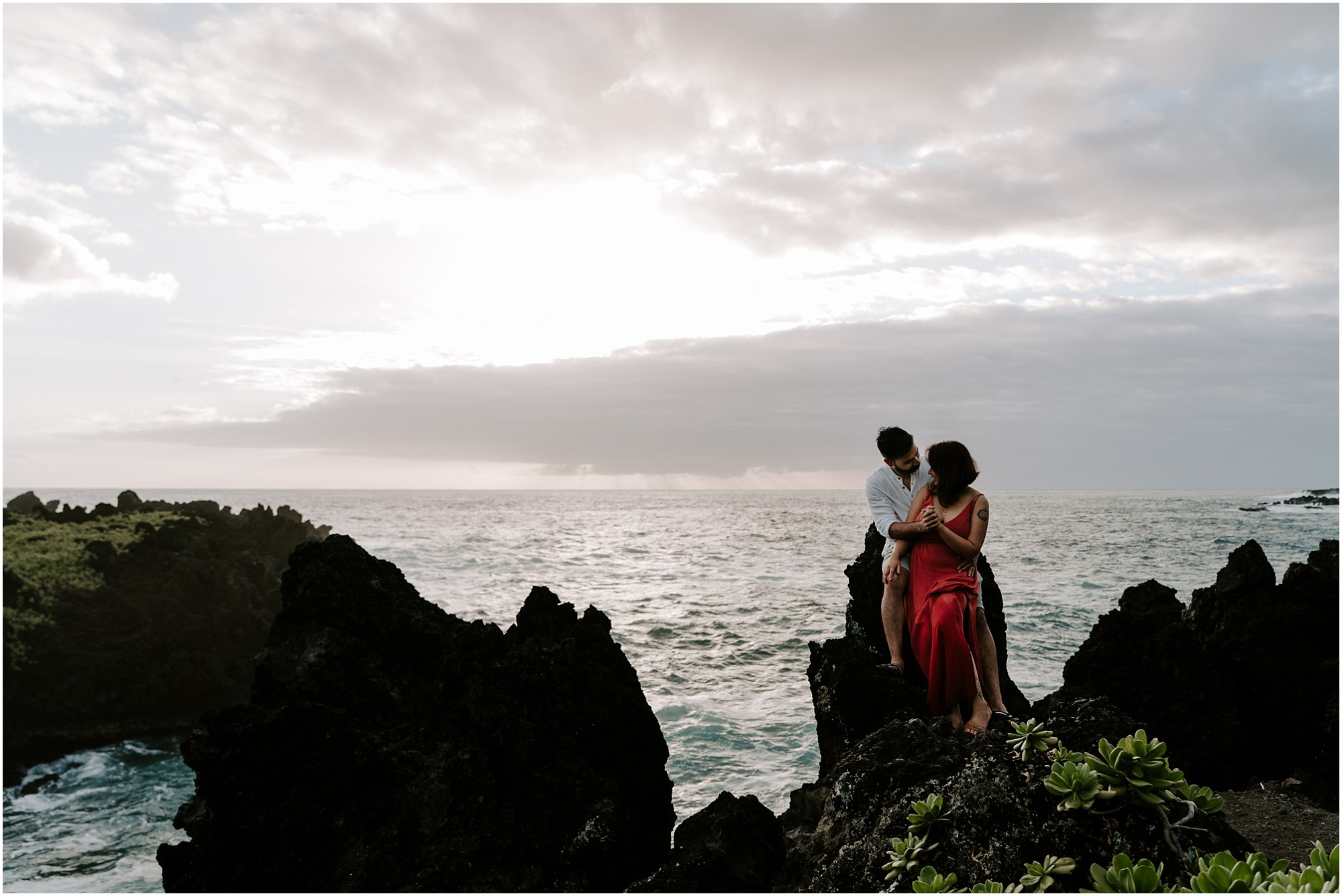 black-sand-beach-maui-hawaii-elopement-photographer_0028.jpg