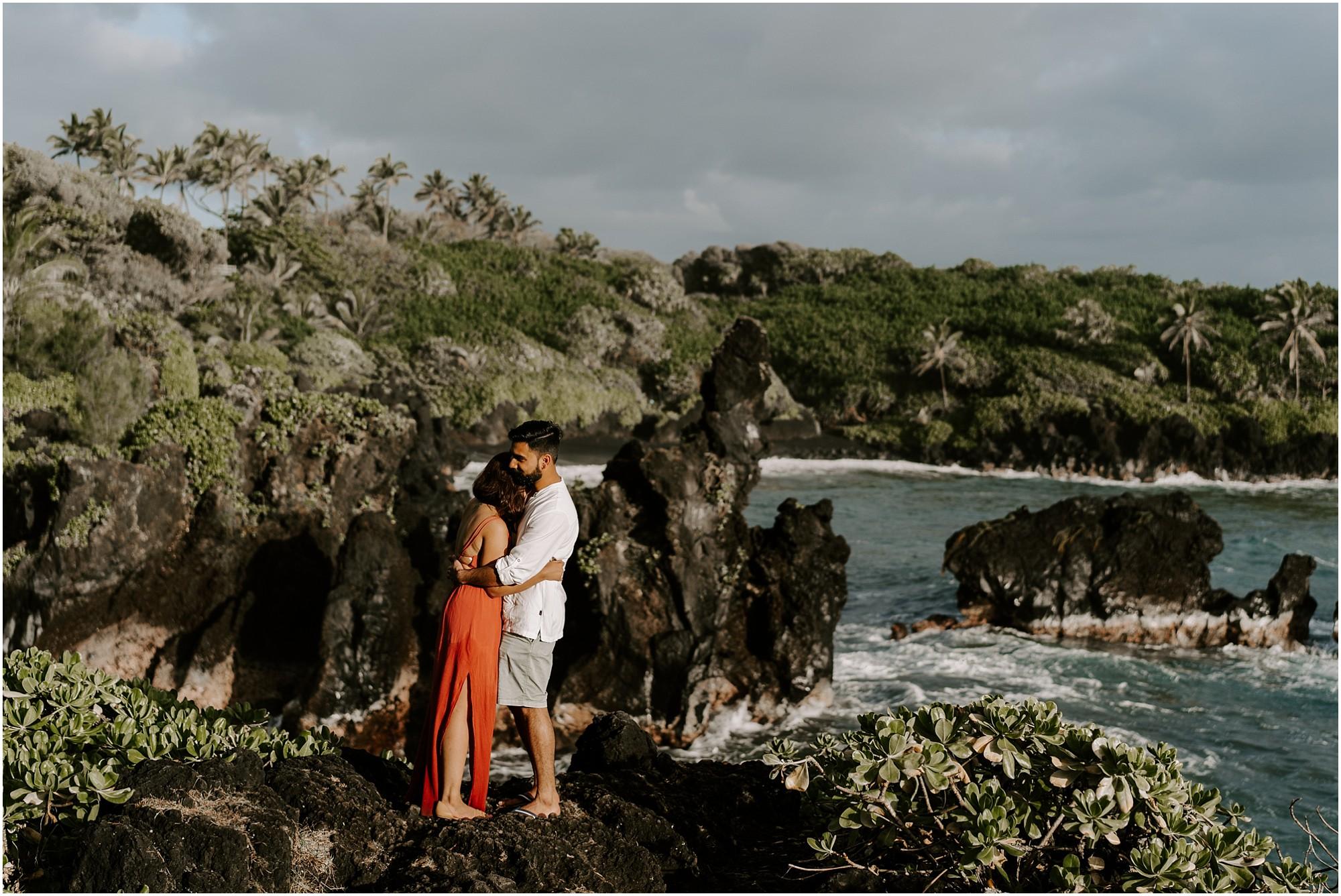 black-sand-beach-maui-hawaii-elopement-photographer_0038.jpg