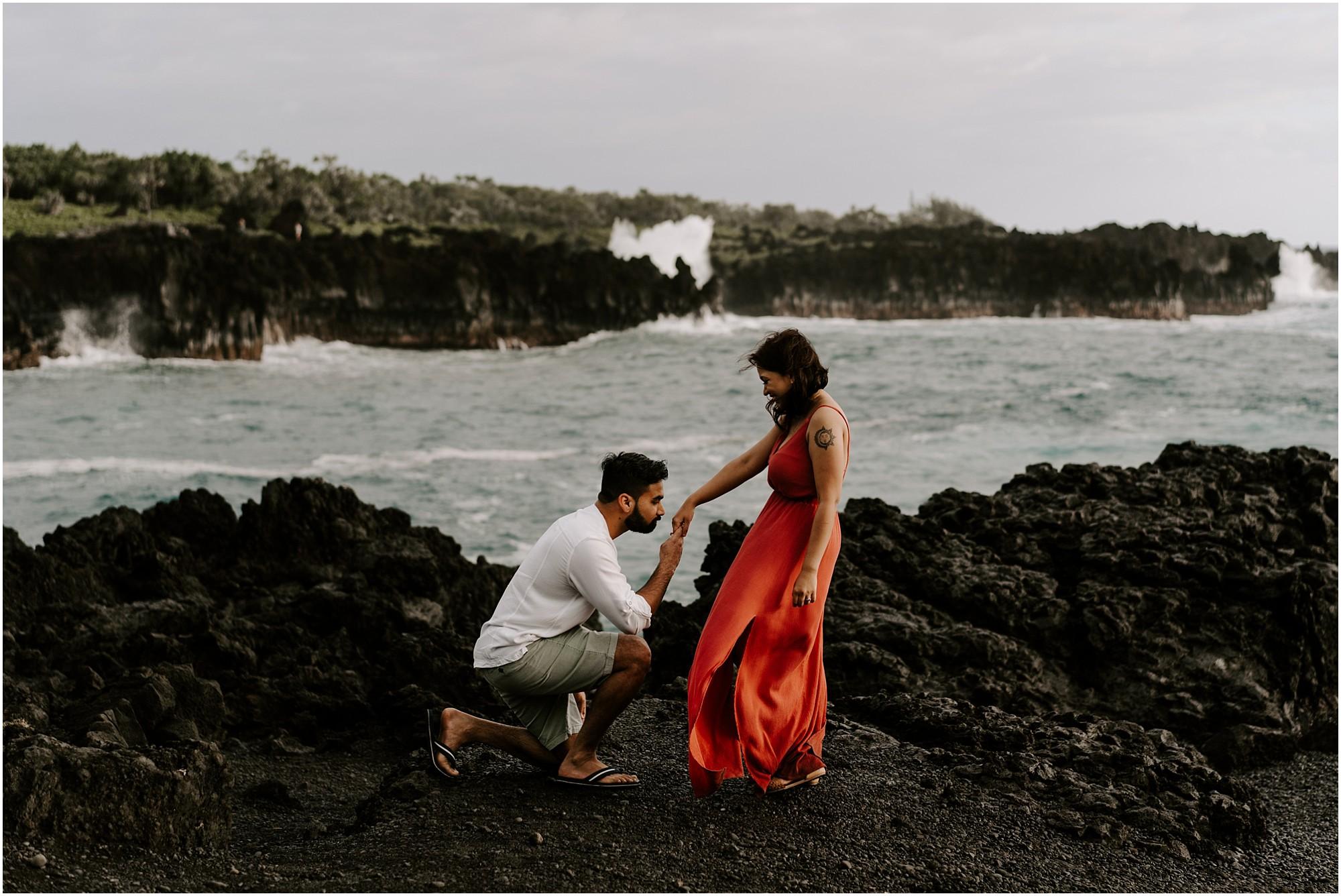 black-sand-beach-maui-hawaii-elopement-photographer_0042.jpg
