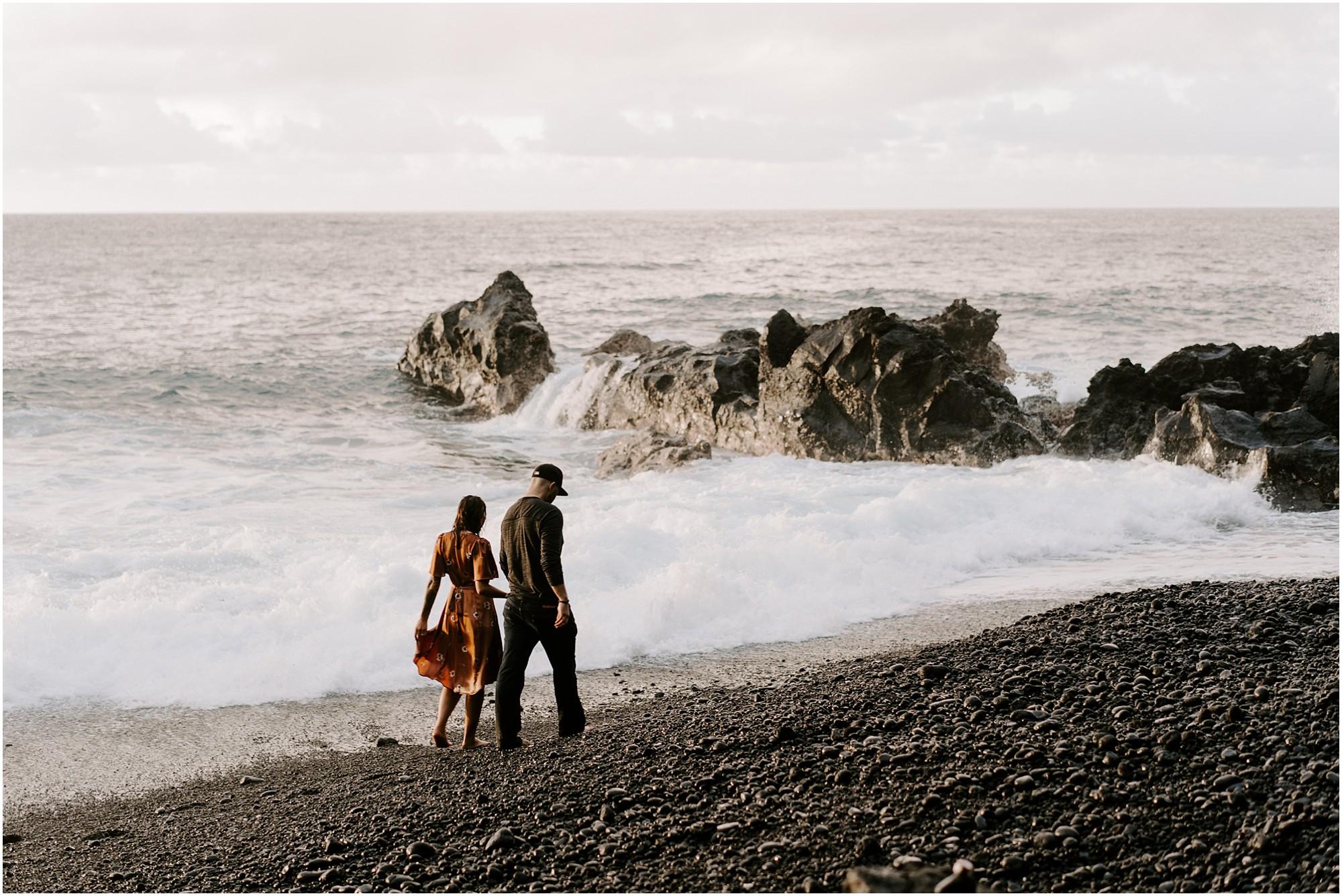 black-sand-beach-big-island-hawaii-elopement-photographer_0022.jpg