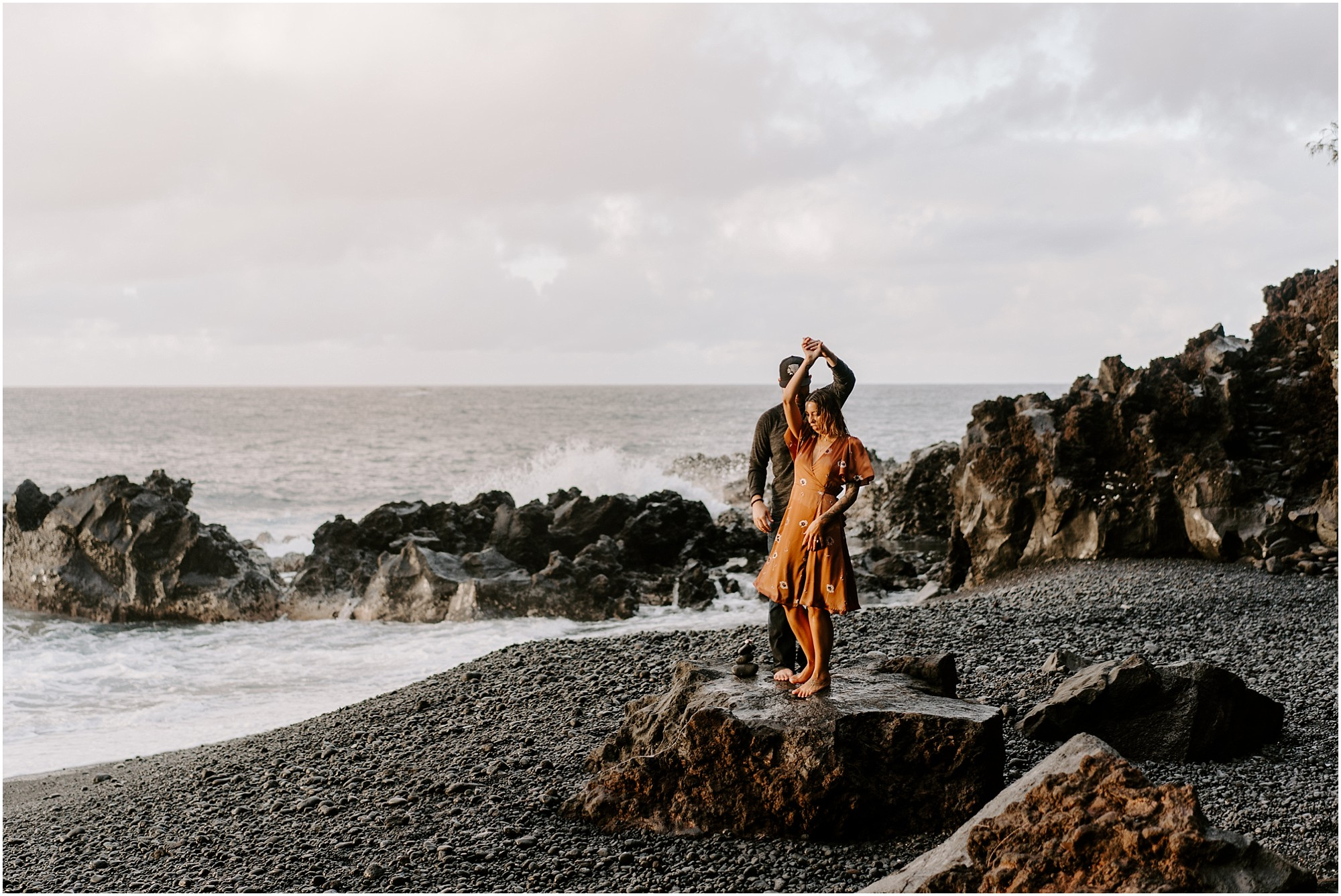 black-sand-beach-big-island-hawaii-elopement-photographer_0023.jpg