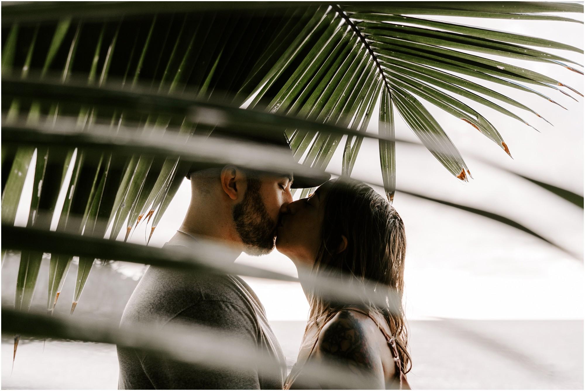 black-sand-beach-big-island-hawaii-elopement-photographer_0037.jpg