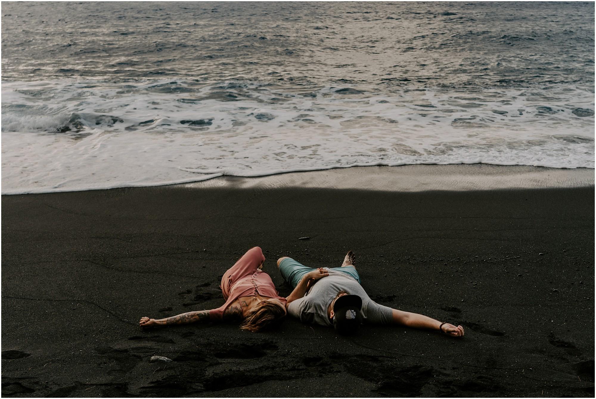 black-sand-beach-big-island-hawaii-elopement-photographer_0045.jpg