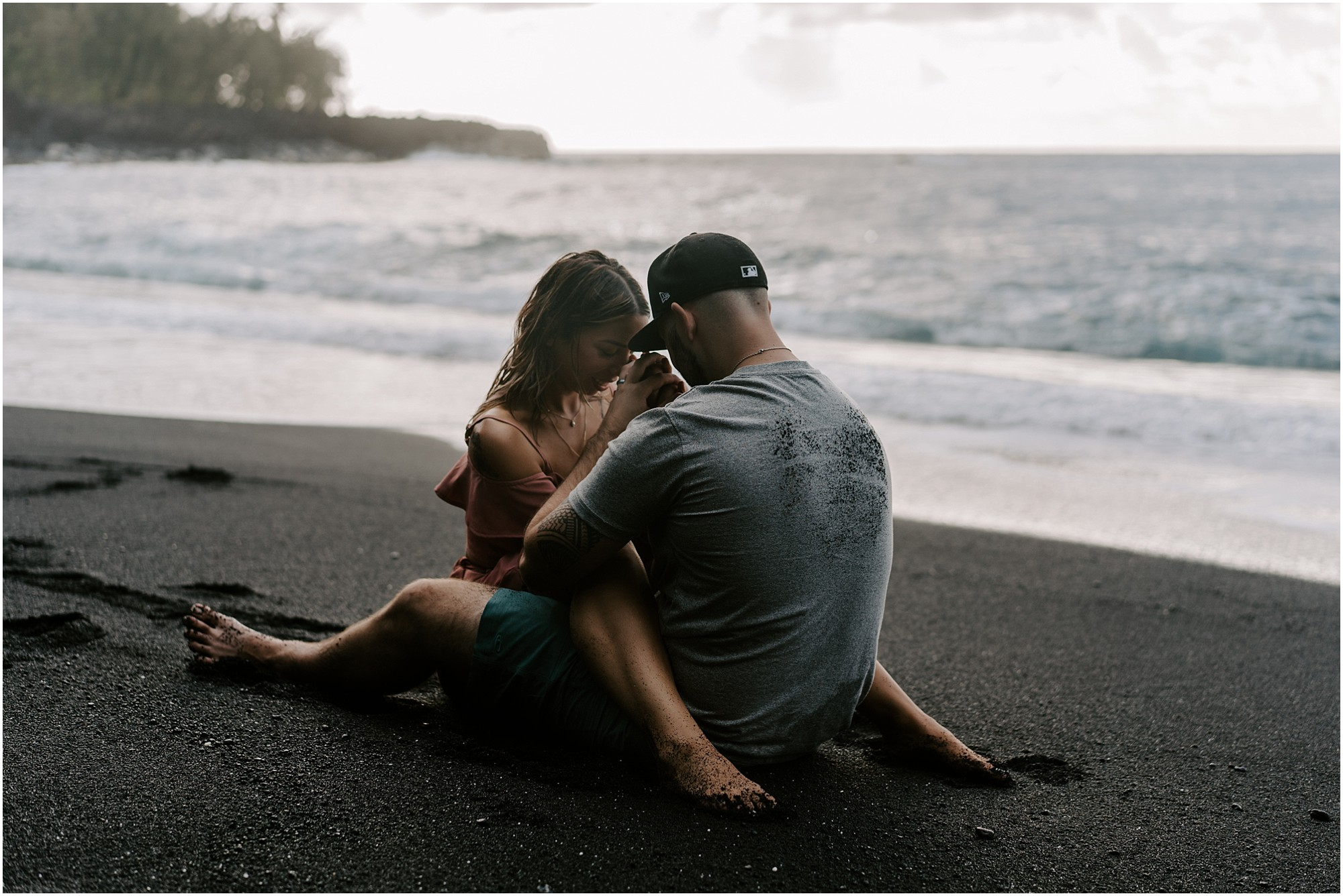 black-sand-beach-big-island-hawaii-elopement-photographer_0053.jpg