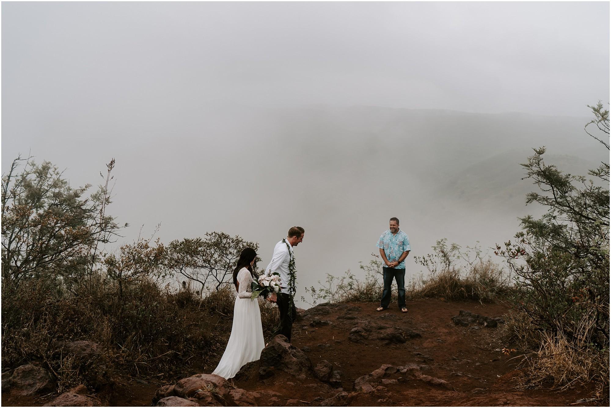 kauai-elopement-waimea-canyon_0014.jpg