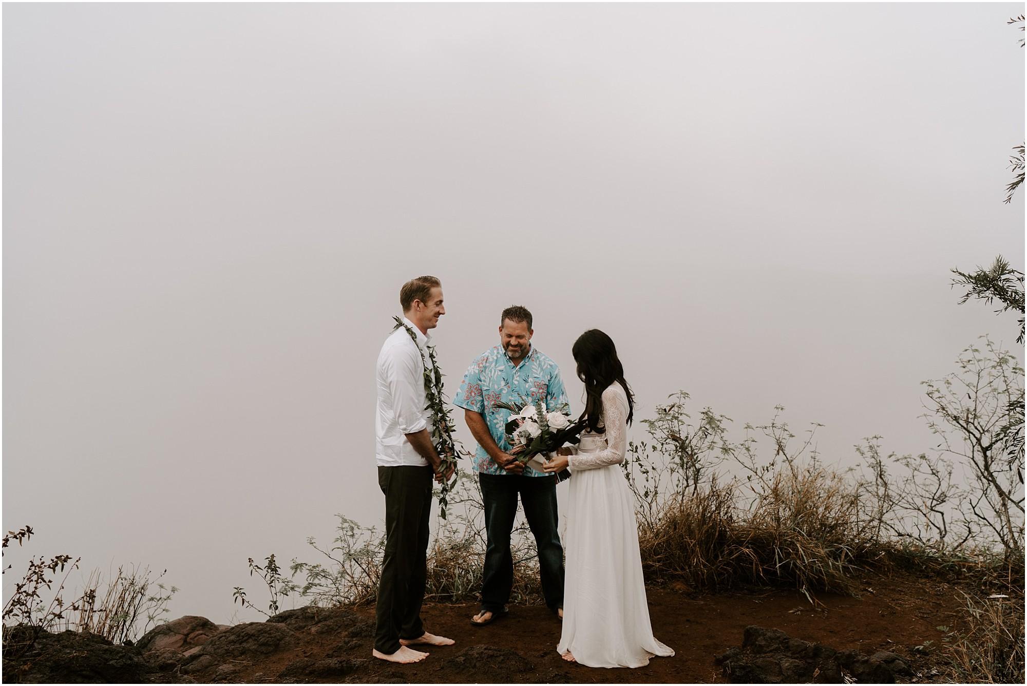 kauai-elopement-waimea-canyon_0015.jpg