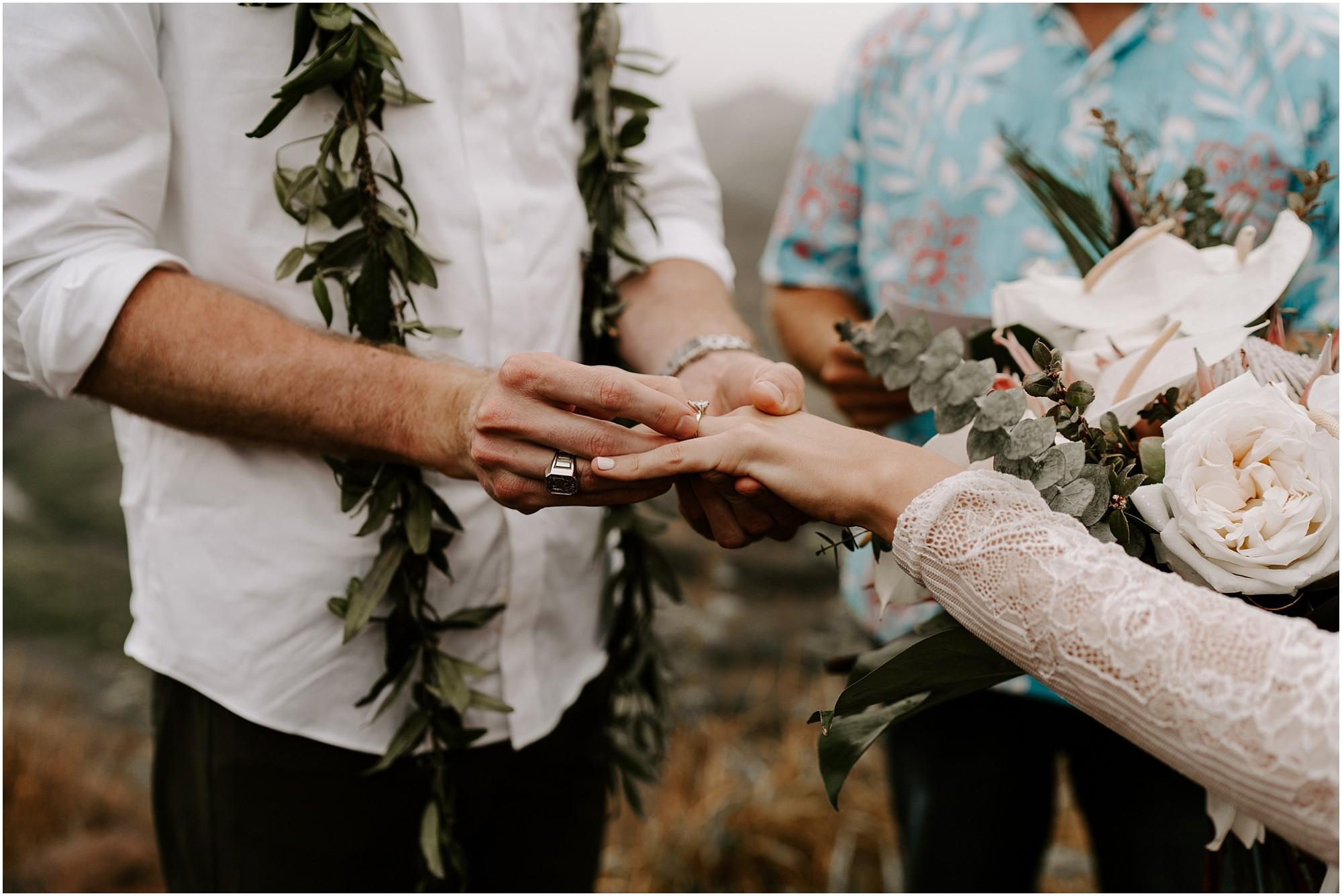 kauai-elopement-waimea-canyon_0025.jpg