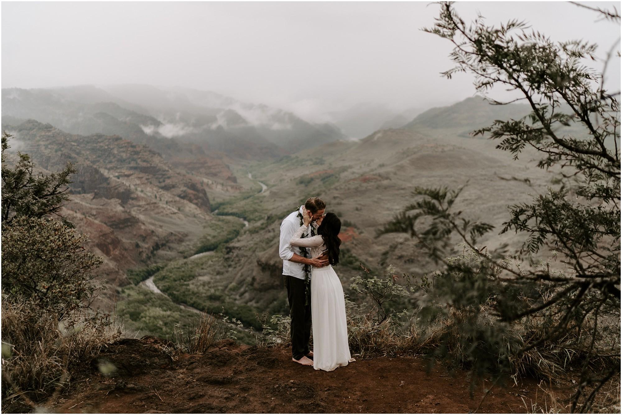 kauai-elopement-waimea-canyon_0041.jpg