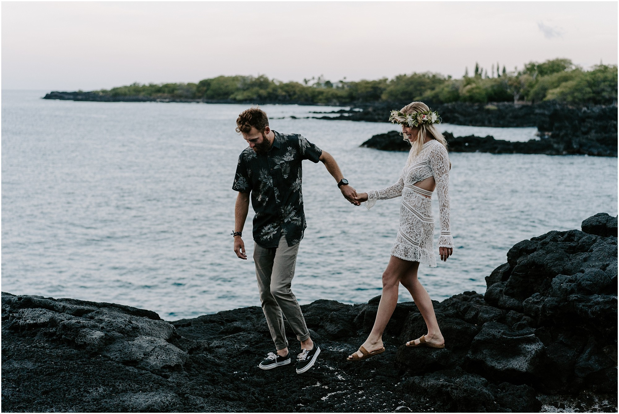 black-sand-beach-elopement-big-island-hawaii_0007.jpg
