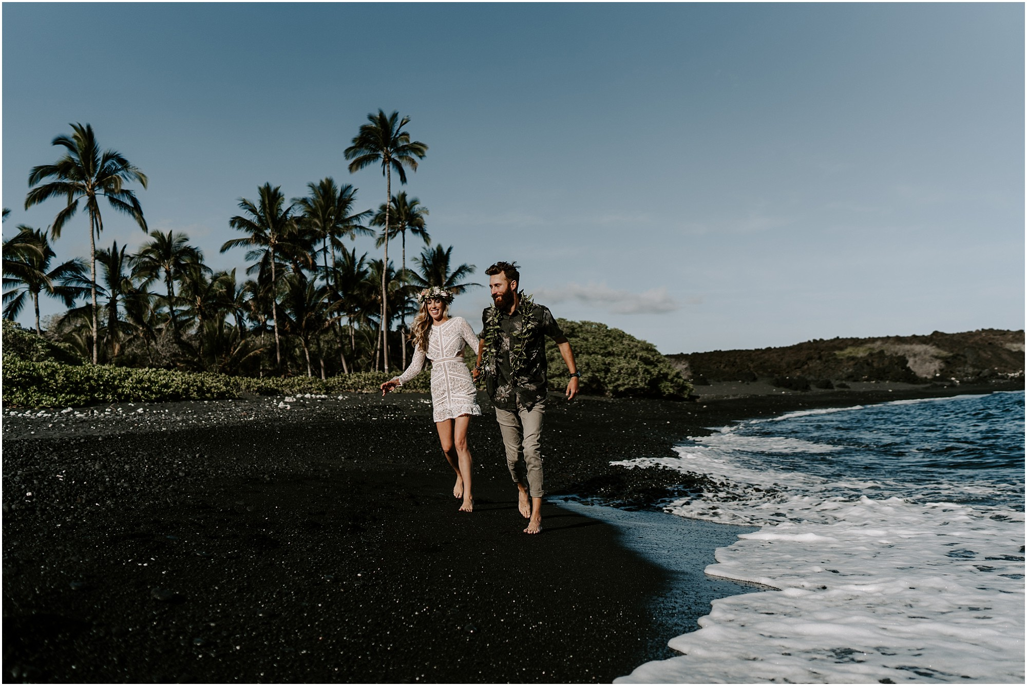 black-sand-beach-elopement-big-island-hawaii_0037.jpg