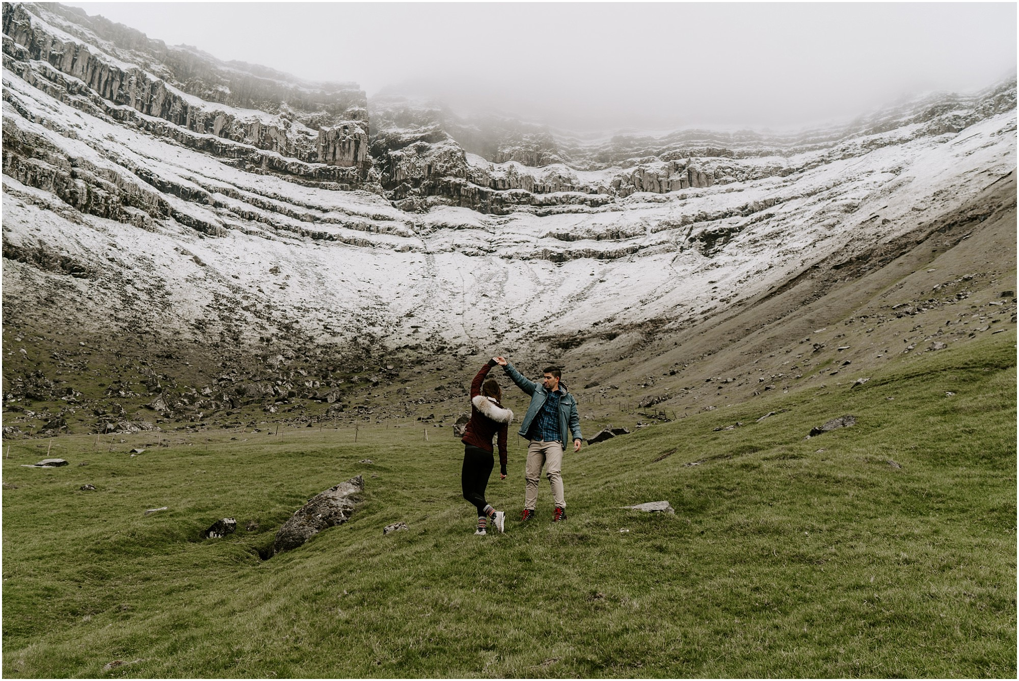 faroe-islands-engagement-session-destination-elopement-photographer_0014.jpg