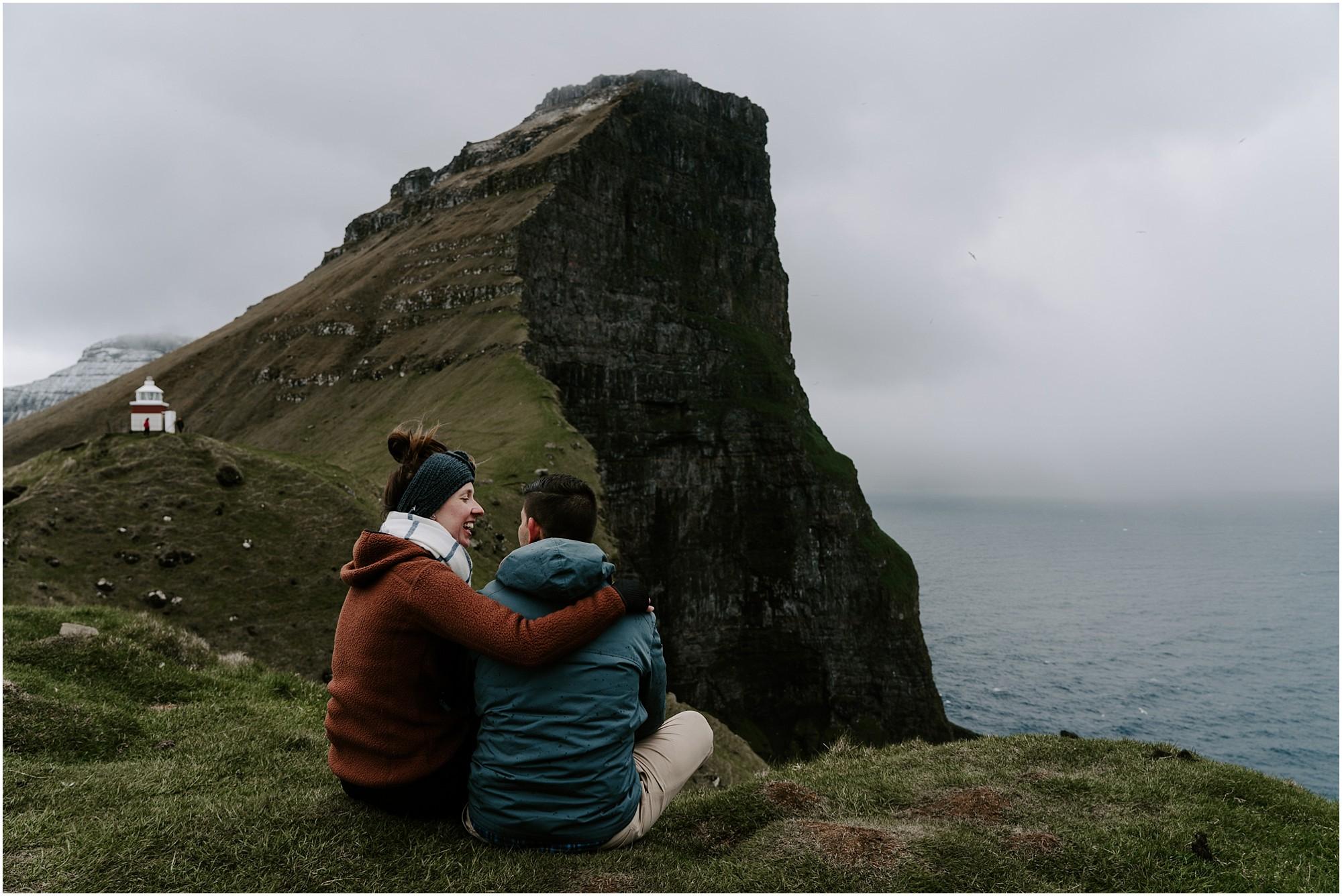faroe-islands-engagement-session-destination-elopement-photographer_0026.jpg