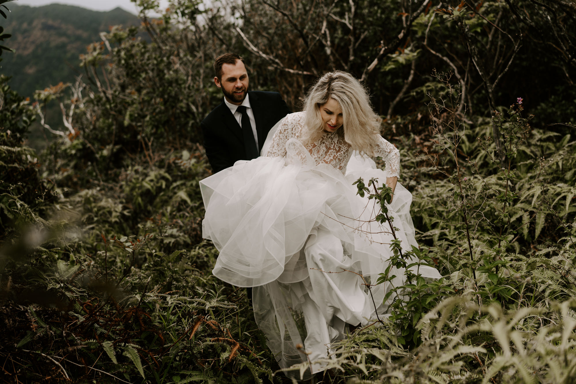 bride-wedding-dress-jungle-hawaii.jpg