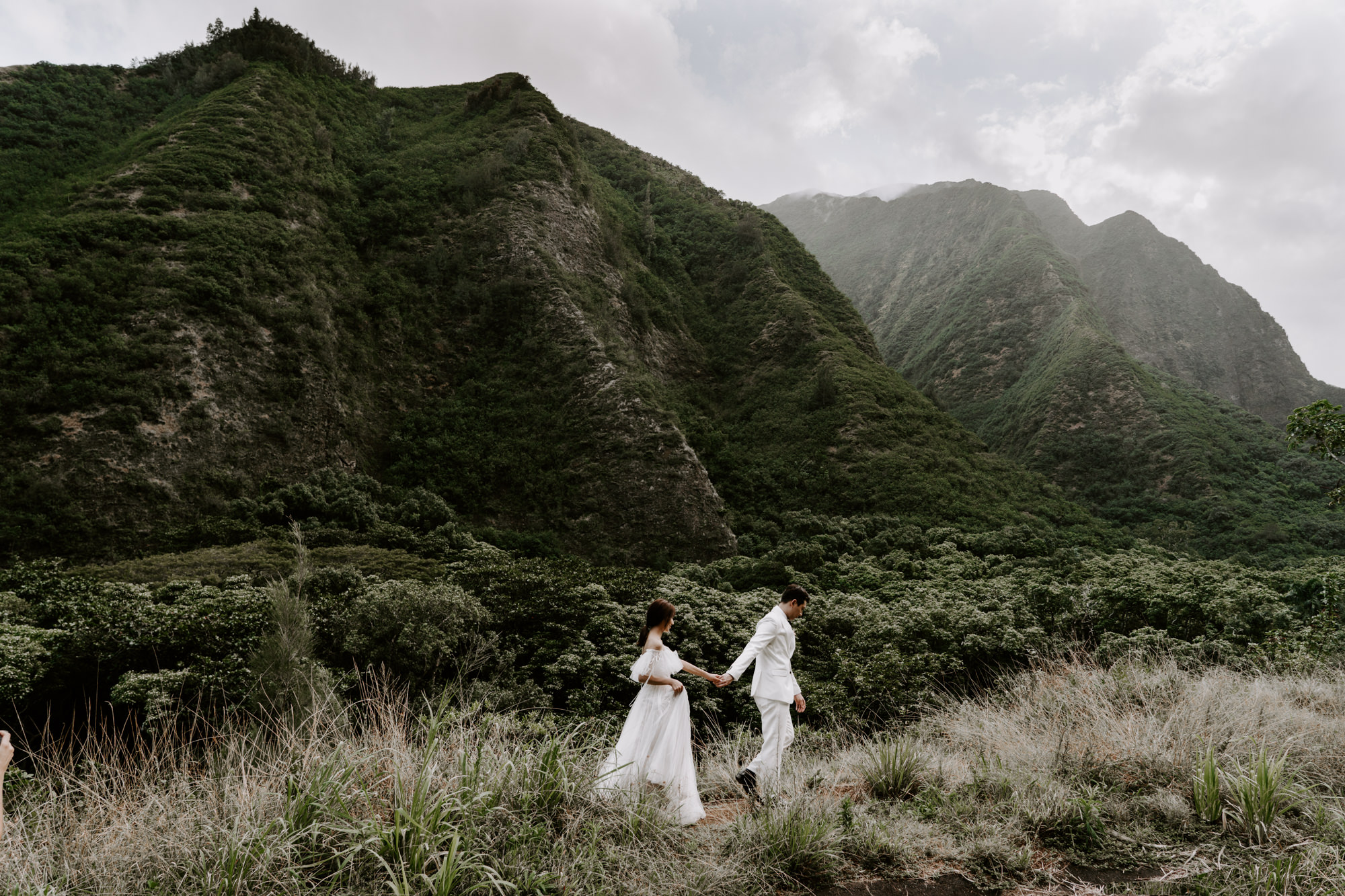 couple-iao-valley-maui-elopement.jpg