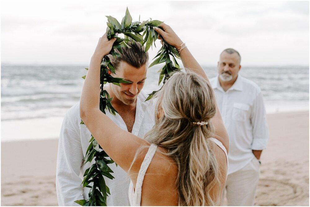 north-shore-kauai-adventure-elopement_0017.jpg