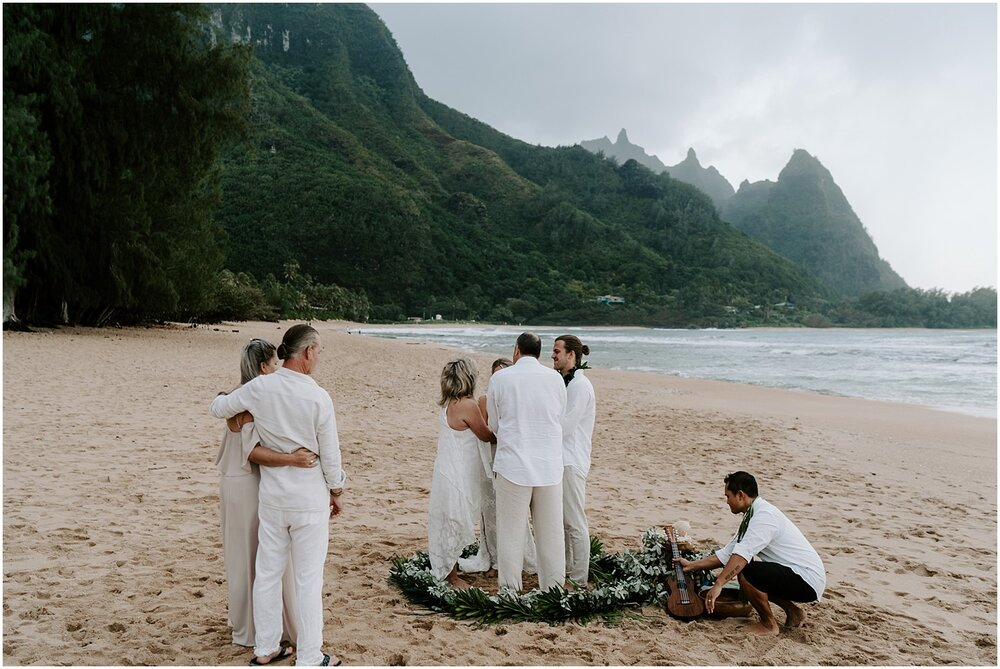 north-shore-kauai-adventure-elopement_0021.jpg