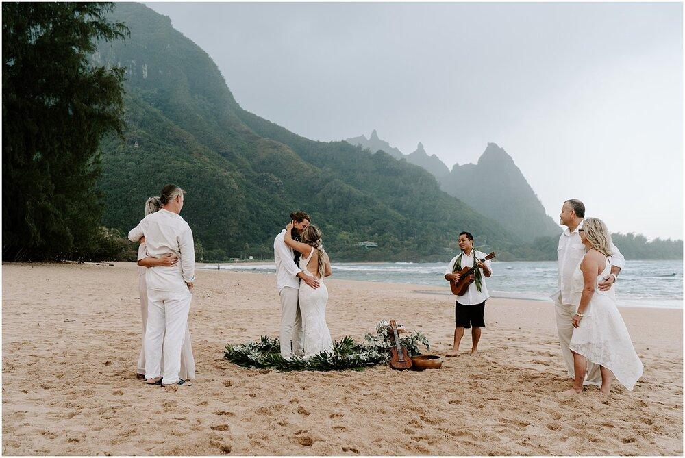 north-shore-kauai-adventure-elopement_0028.jpg