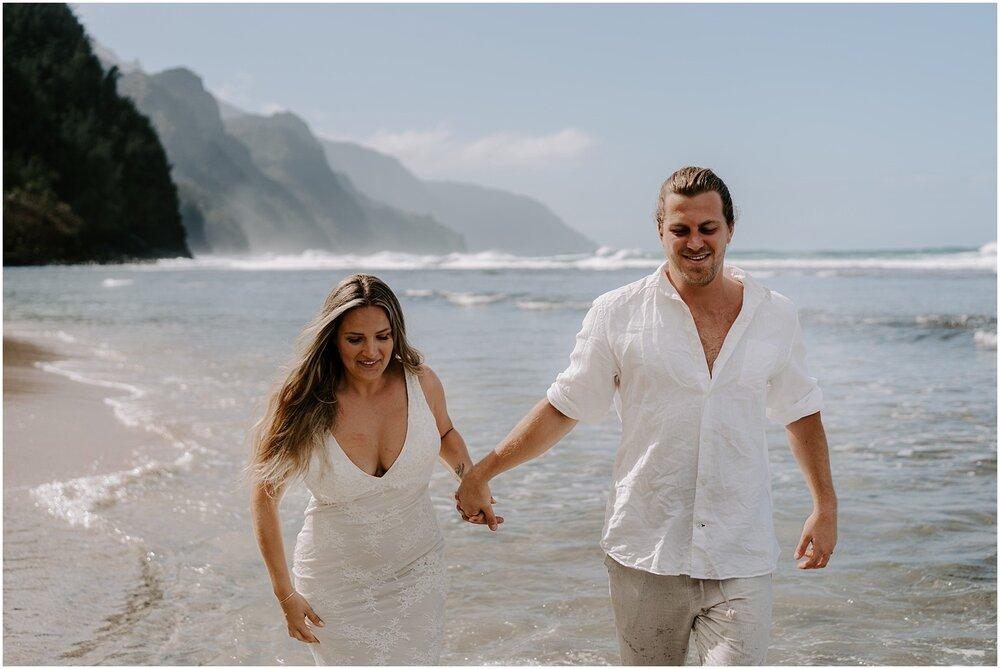 north-shore-kauai-adventure-elopement_0058.jpg