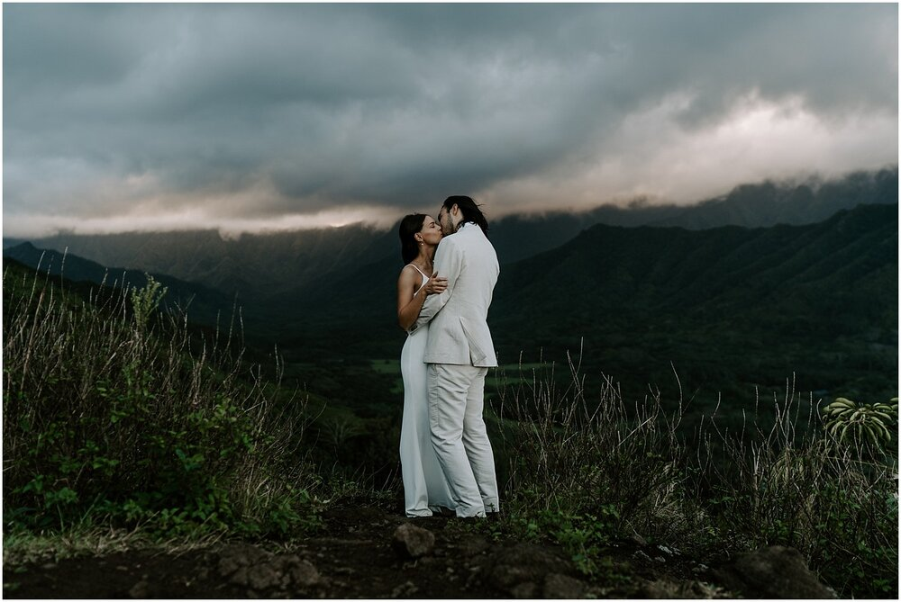 crouching-lion-hike-elopement_0022.jpg