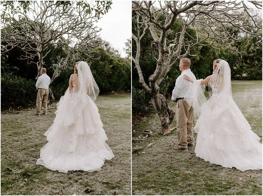kauai-elopement-beach-ceremony_0016.jpg