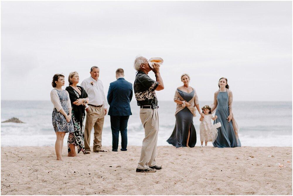 kauai-elopement-beach-ceremony_0022.jpg