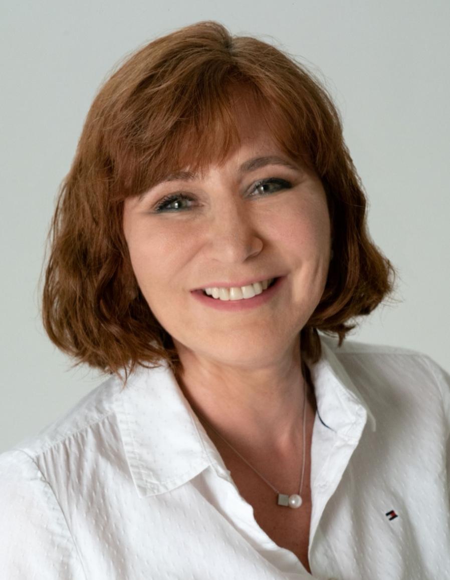AREA 16 DIRECTOR   Joanna de Pree    EMAIL