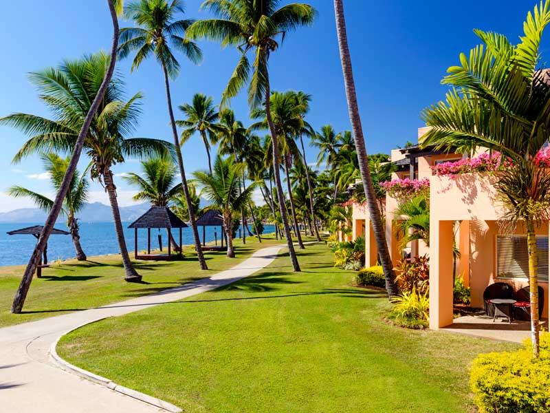 Sheraton-Fiji-Resort-Foot-Pat.jpg