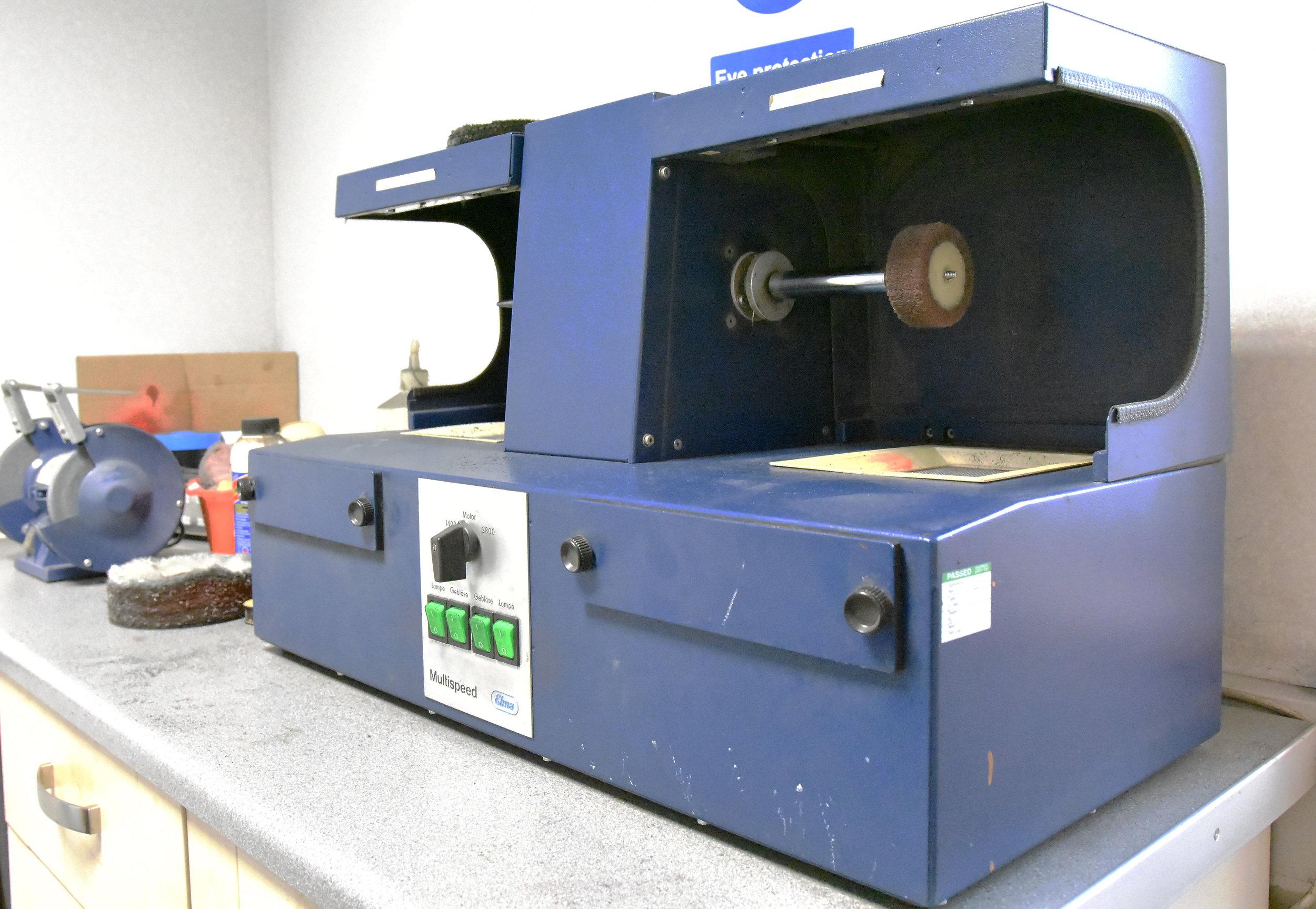 Elma Twin Speed Polish Machine
