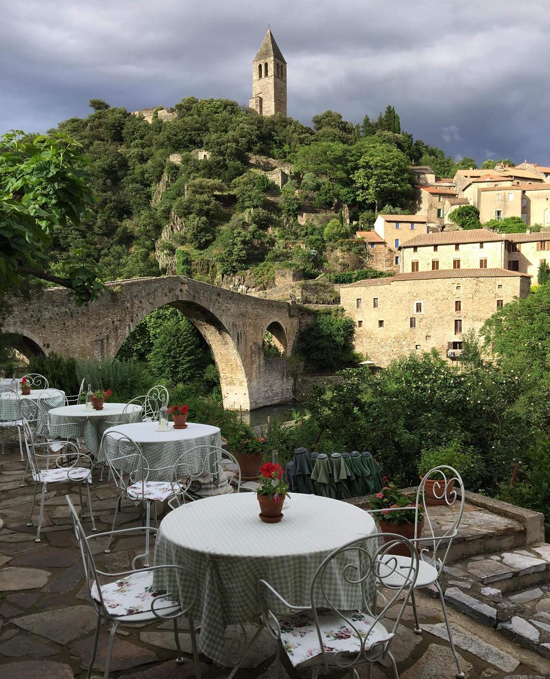 olargues awesome.jpg