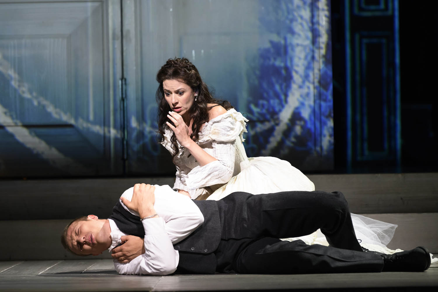 Anatoli Sivko as Masetto & Chen Reiss as Zerlina © Royal Opera House/ Bill Cooper