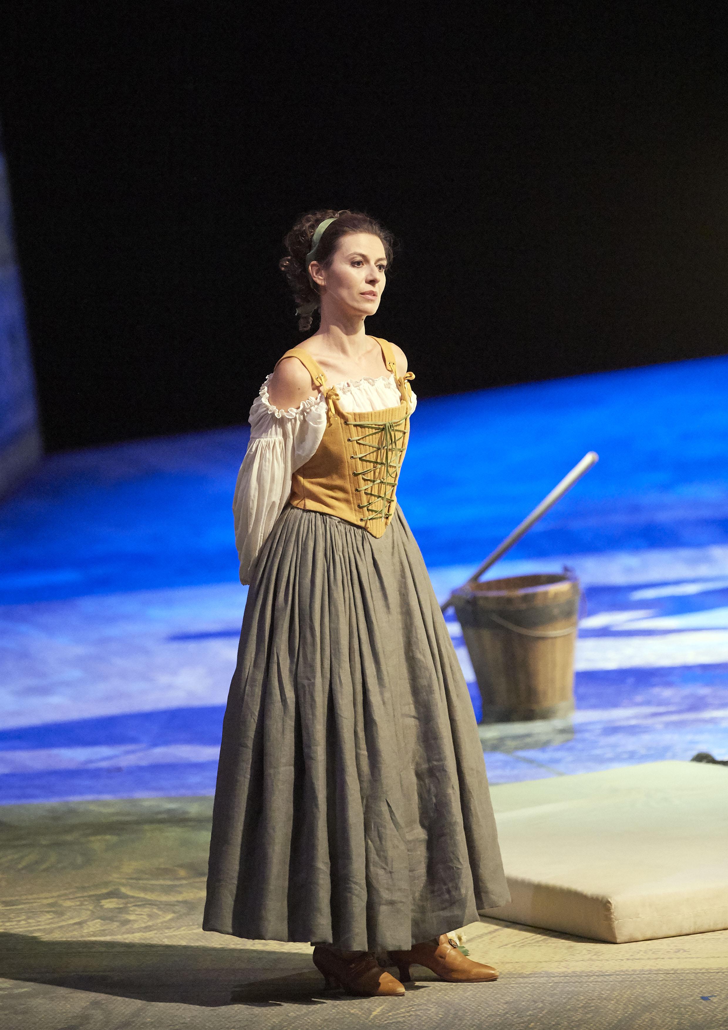 Chen Reiss as  Susanna  in Le Nozze di Figaro © Wiener Staatsoper & Michael Pöhn