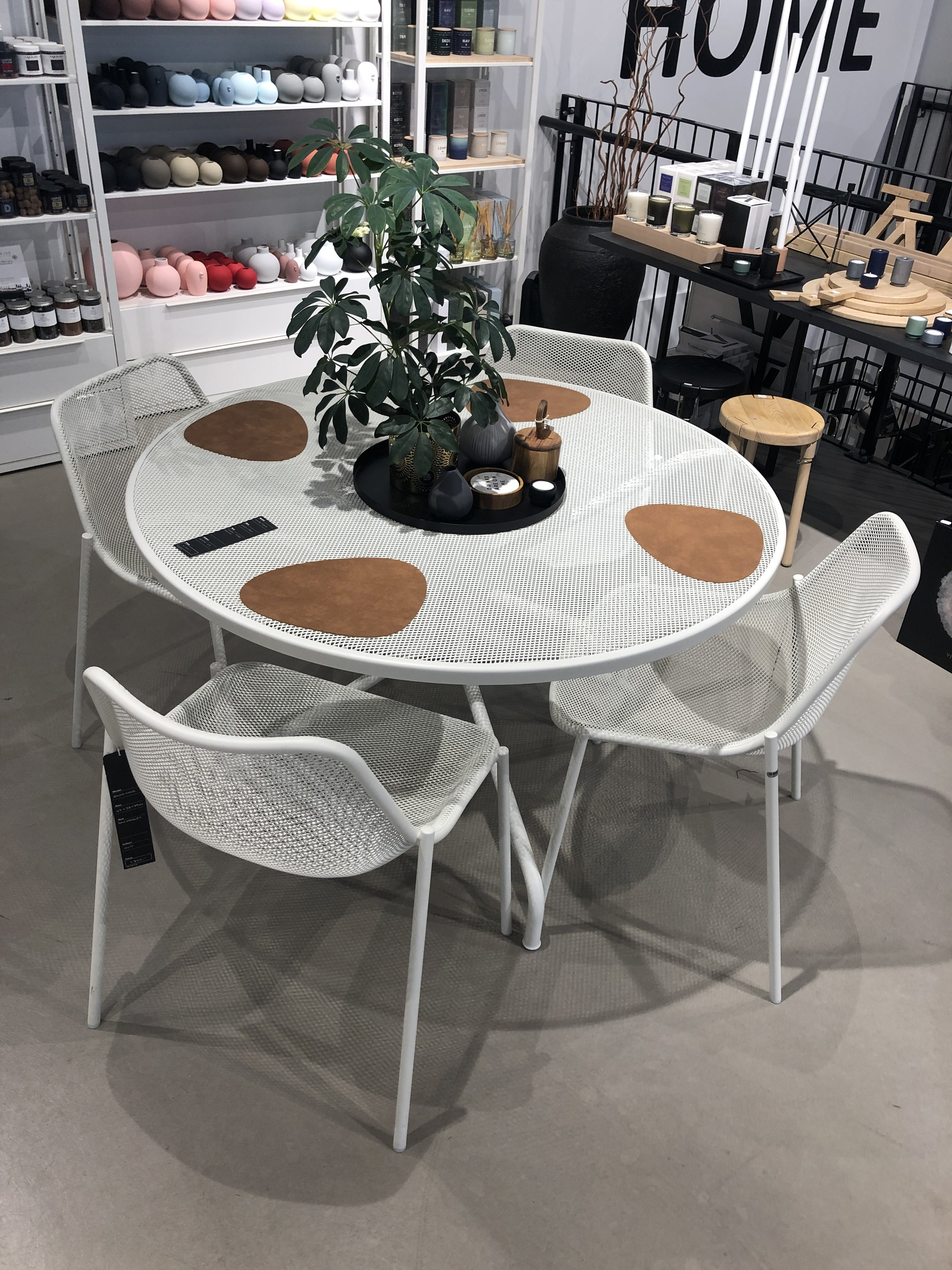 Cambi bord + round stol: -**% - Bord: Ø120cm, 4 stoler. Selges samlet.