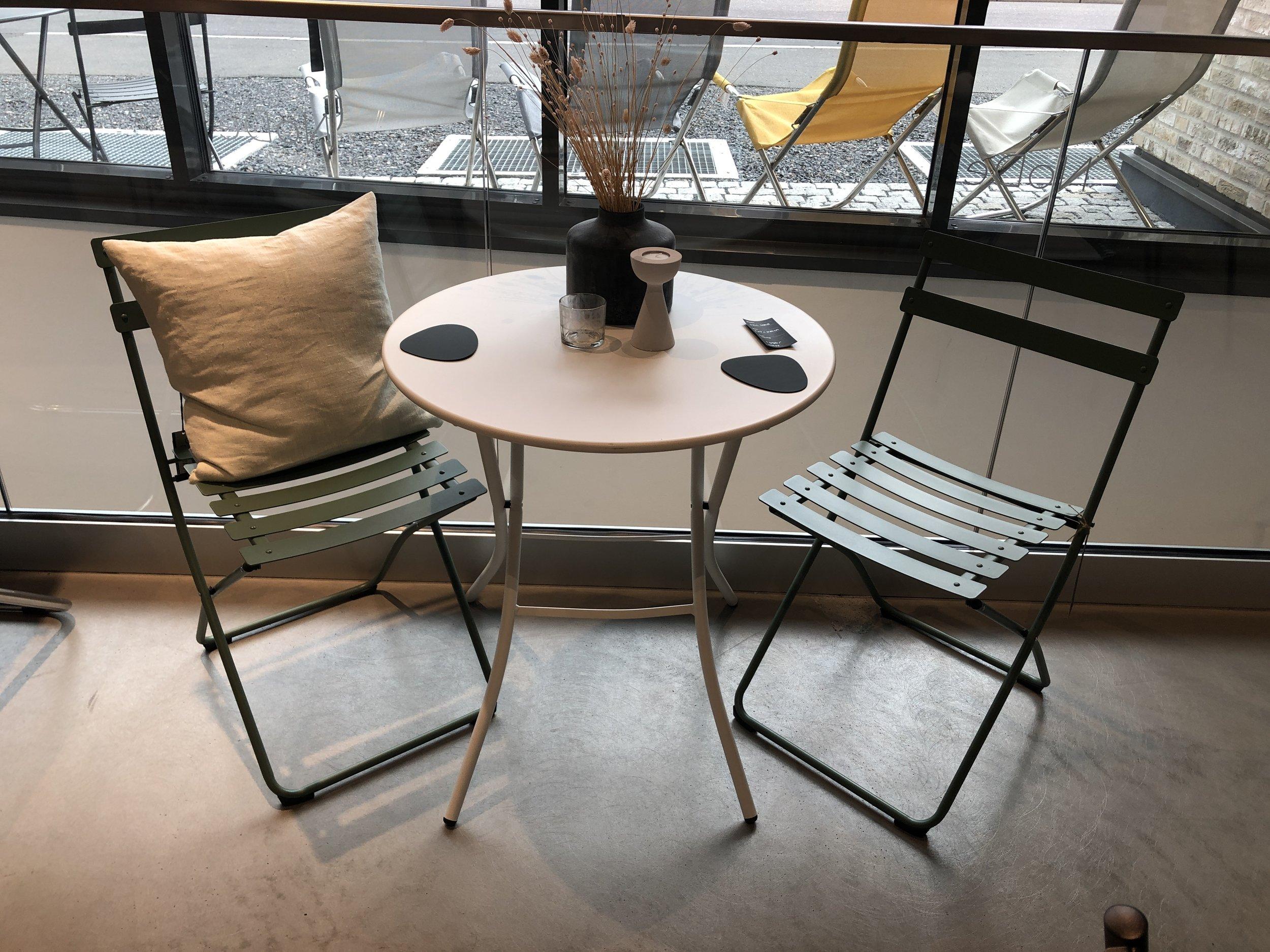 Spring stoler og Sirio bord: -**% -