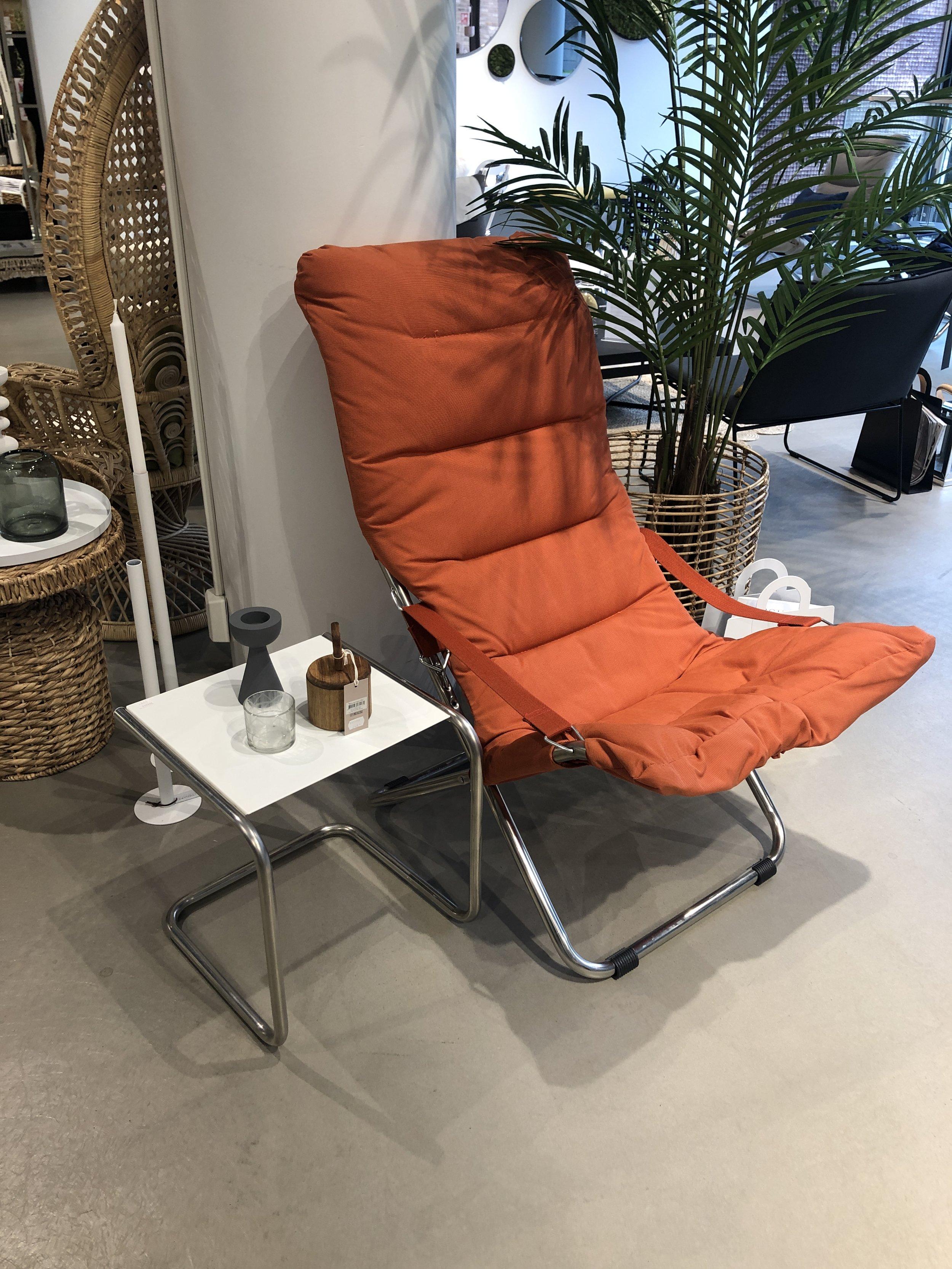Fiesta soft stol og Club sidebord: -**% -